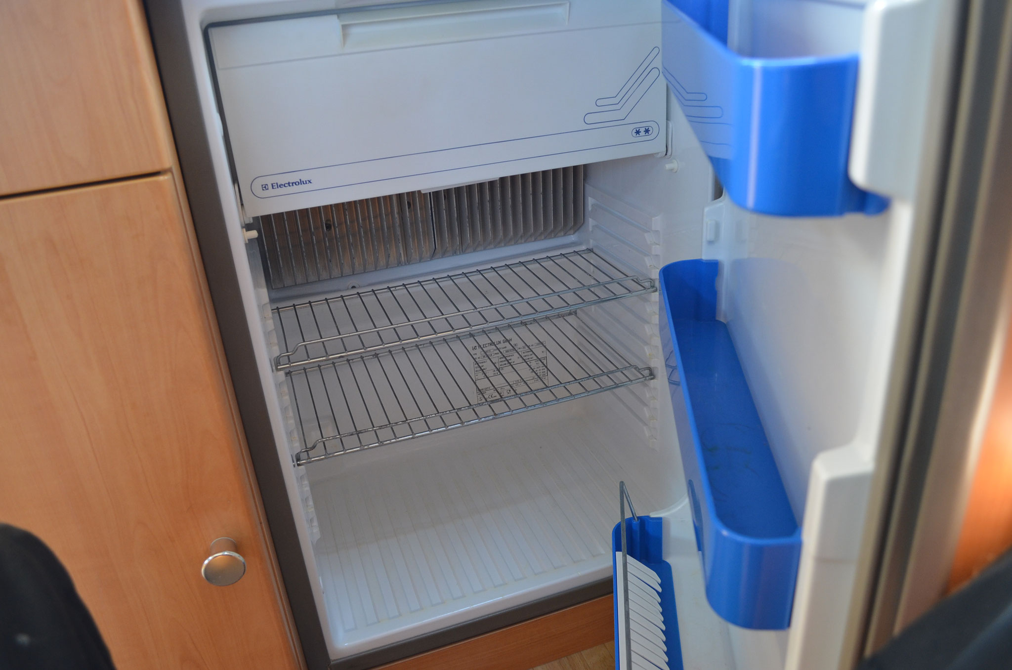 Kühlschrank ( Gasbetrieb, Elektrobetrieb, Batteriebetrieb)