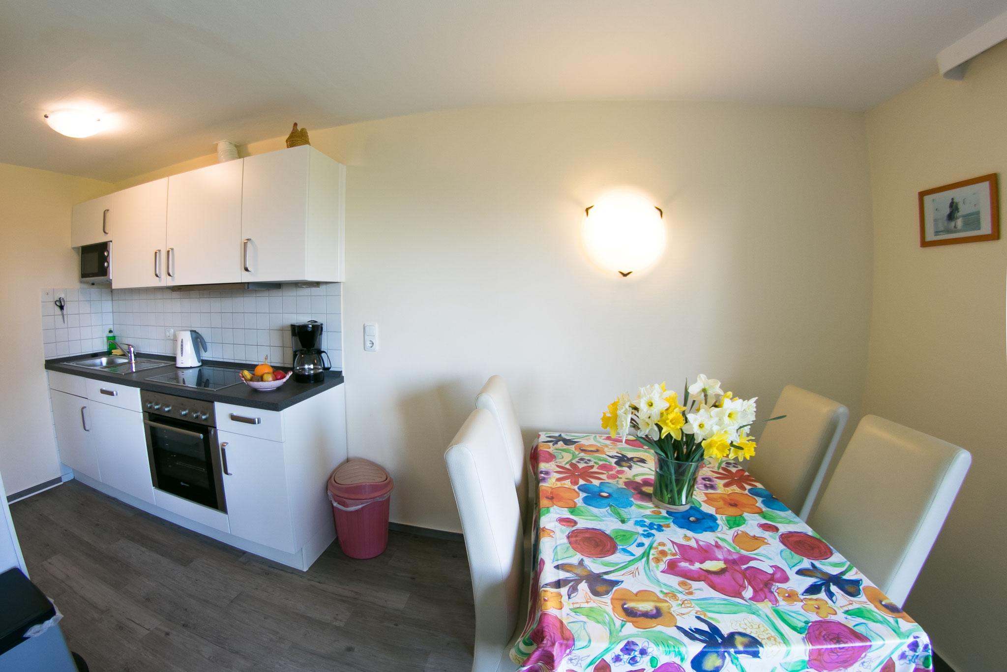 Küche und Essbereich Wohnung Nr. 6