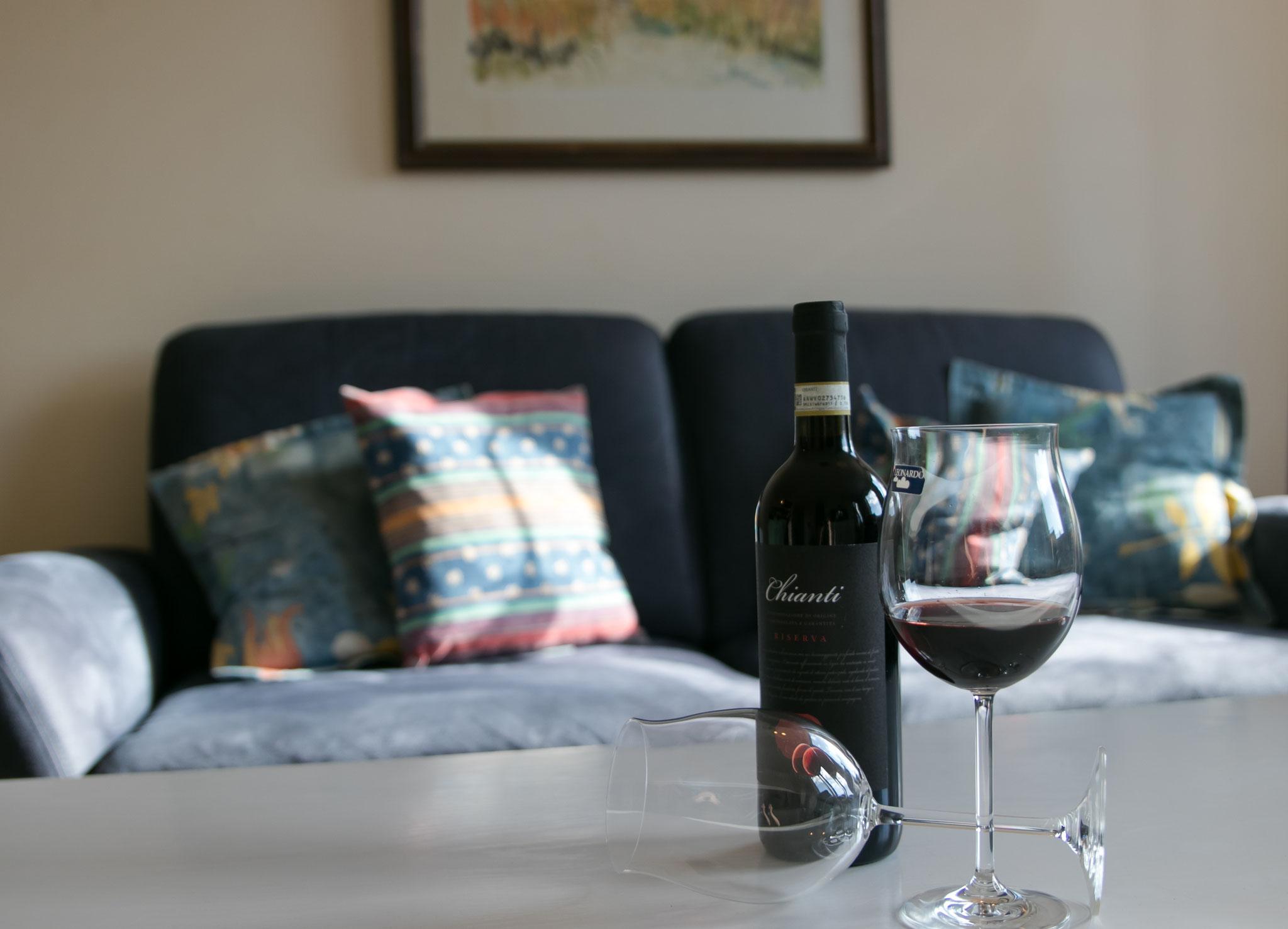 Den Abend bei einem Schluck Wein ausklingen lassen..