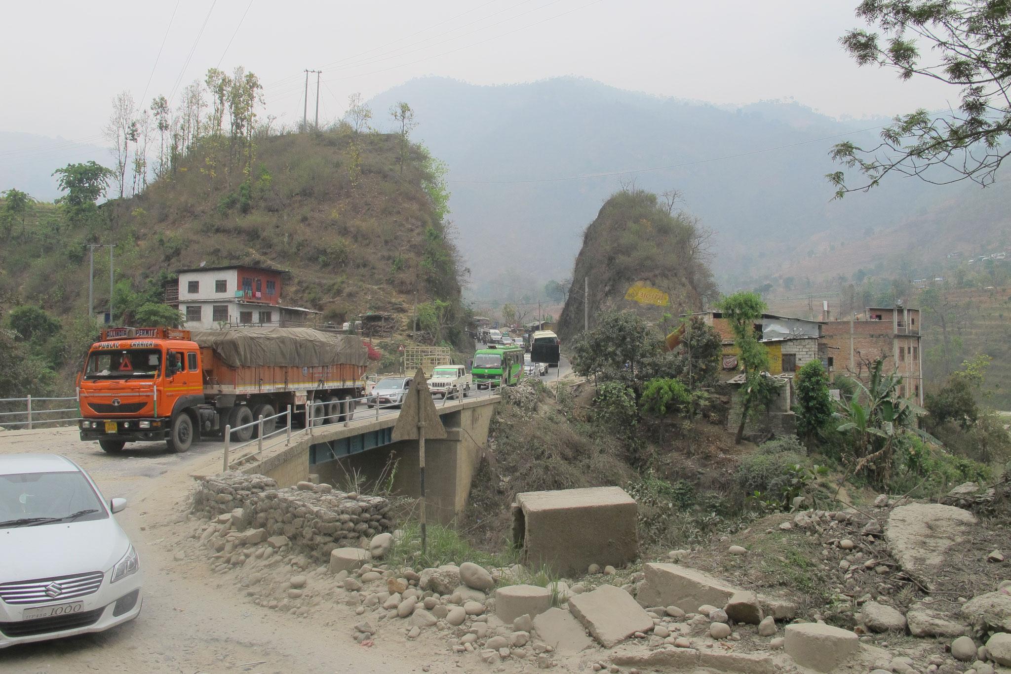 auf dem Weg nach Chitwan