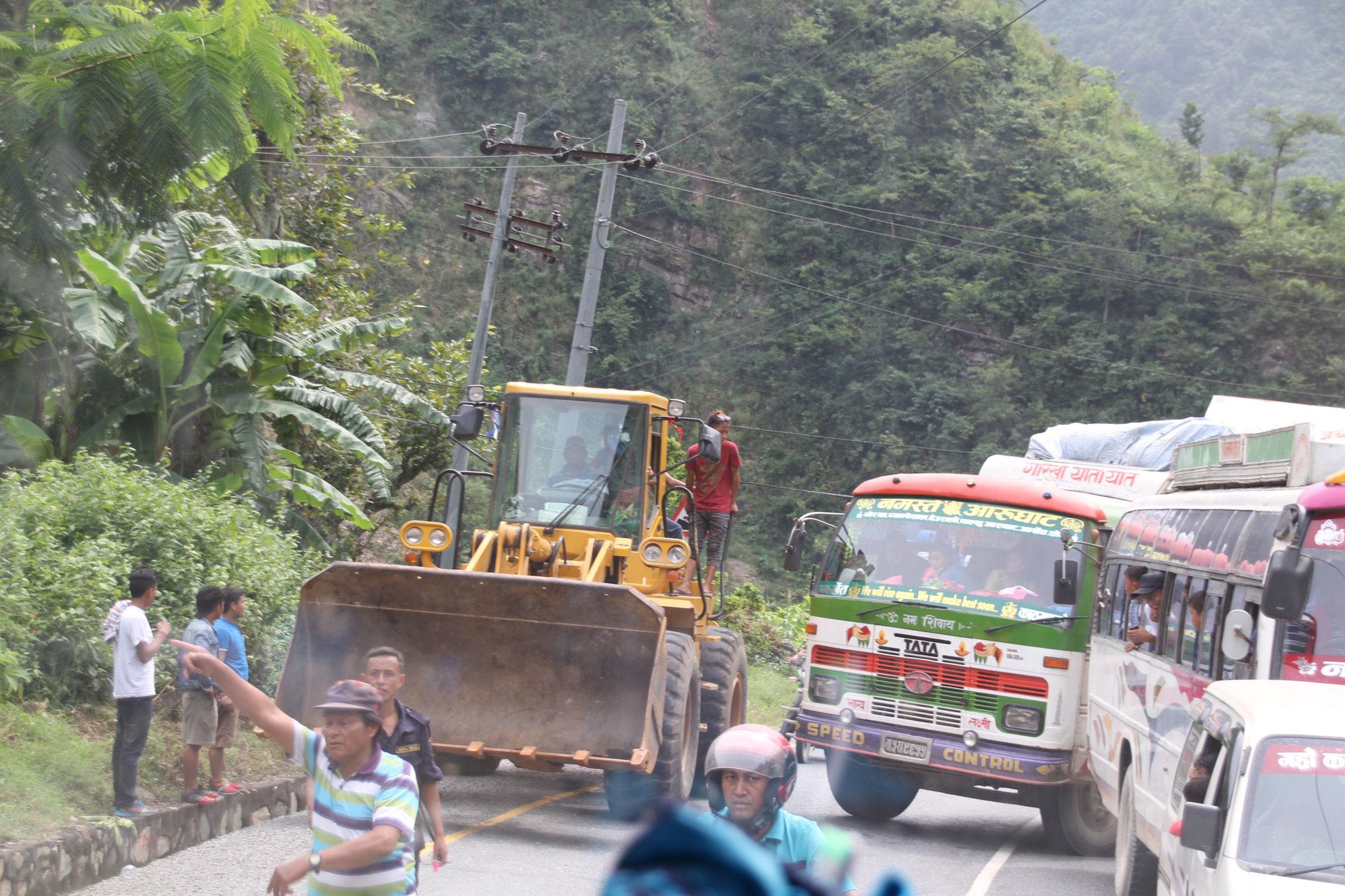 6 Stunden Verspätung wegen eines Erdrutsches