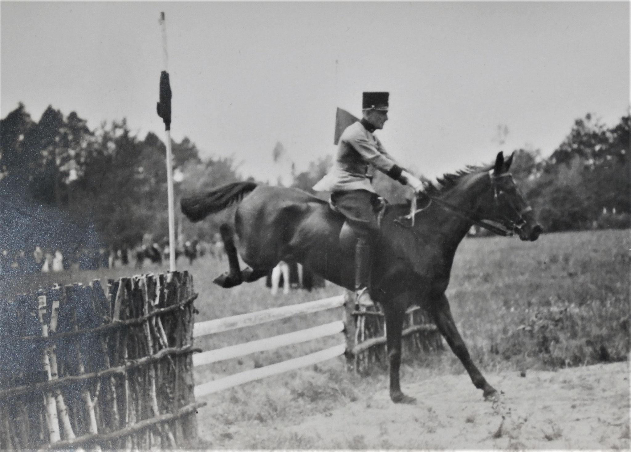Leutnant Baron Hippsich