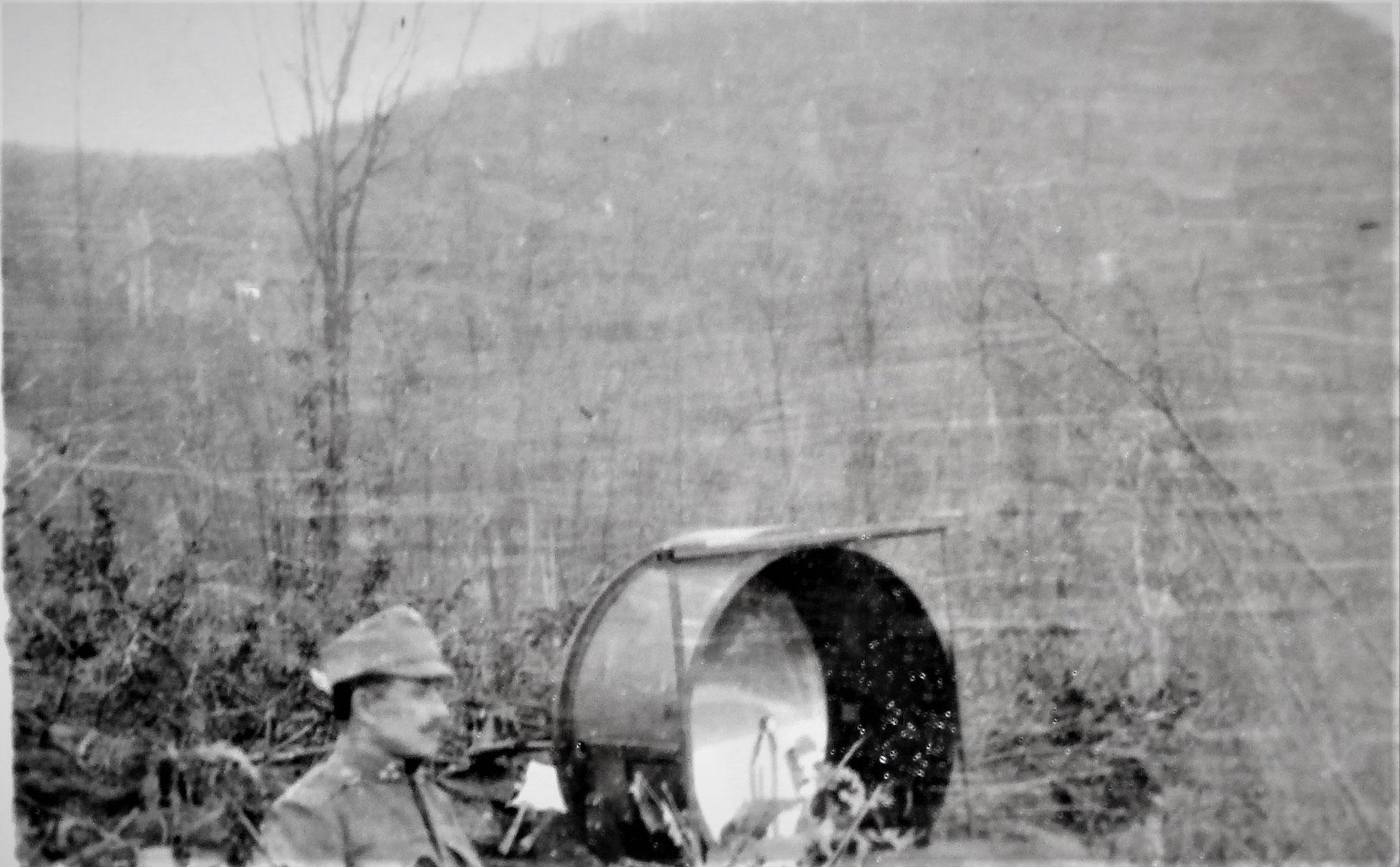 70 cm Scheinwerfer des Subabschnittes (Acetylenlicht).