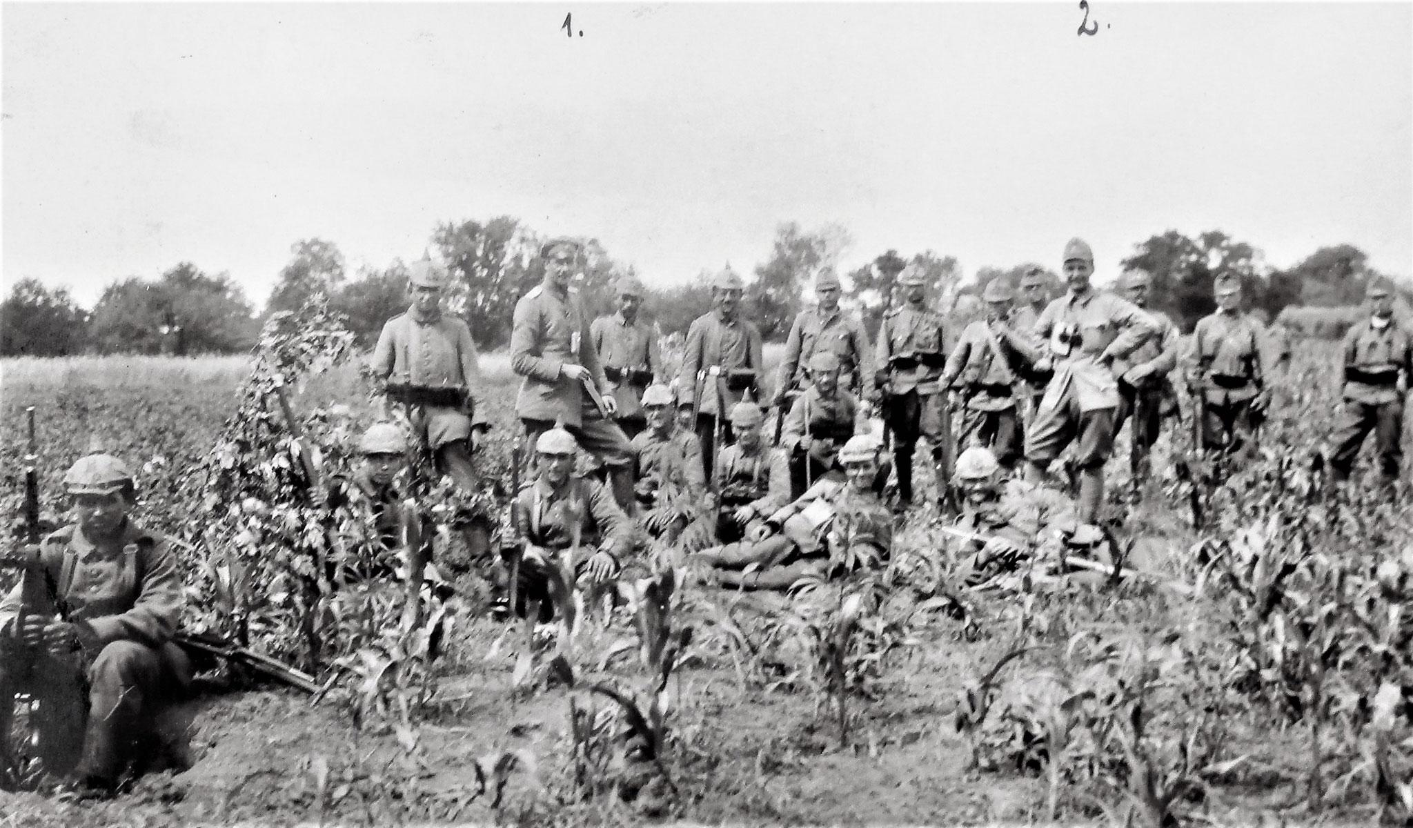 Oblt v. Degenhart, Kmdt der rechten Flügelkomp. des preuss. IR 46; Lt Zanger.