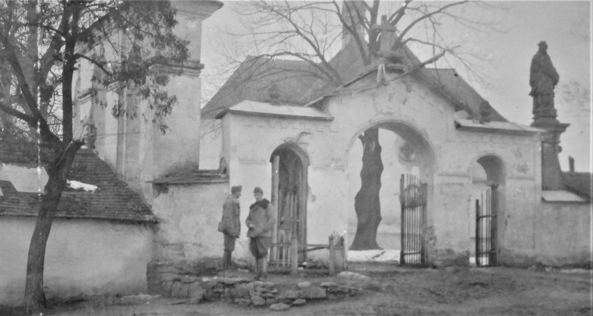 Tor der griechischen Kirche.