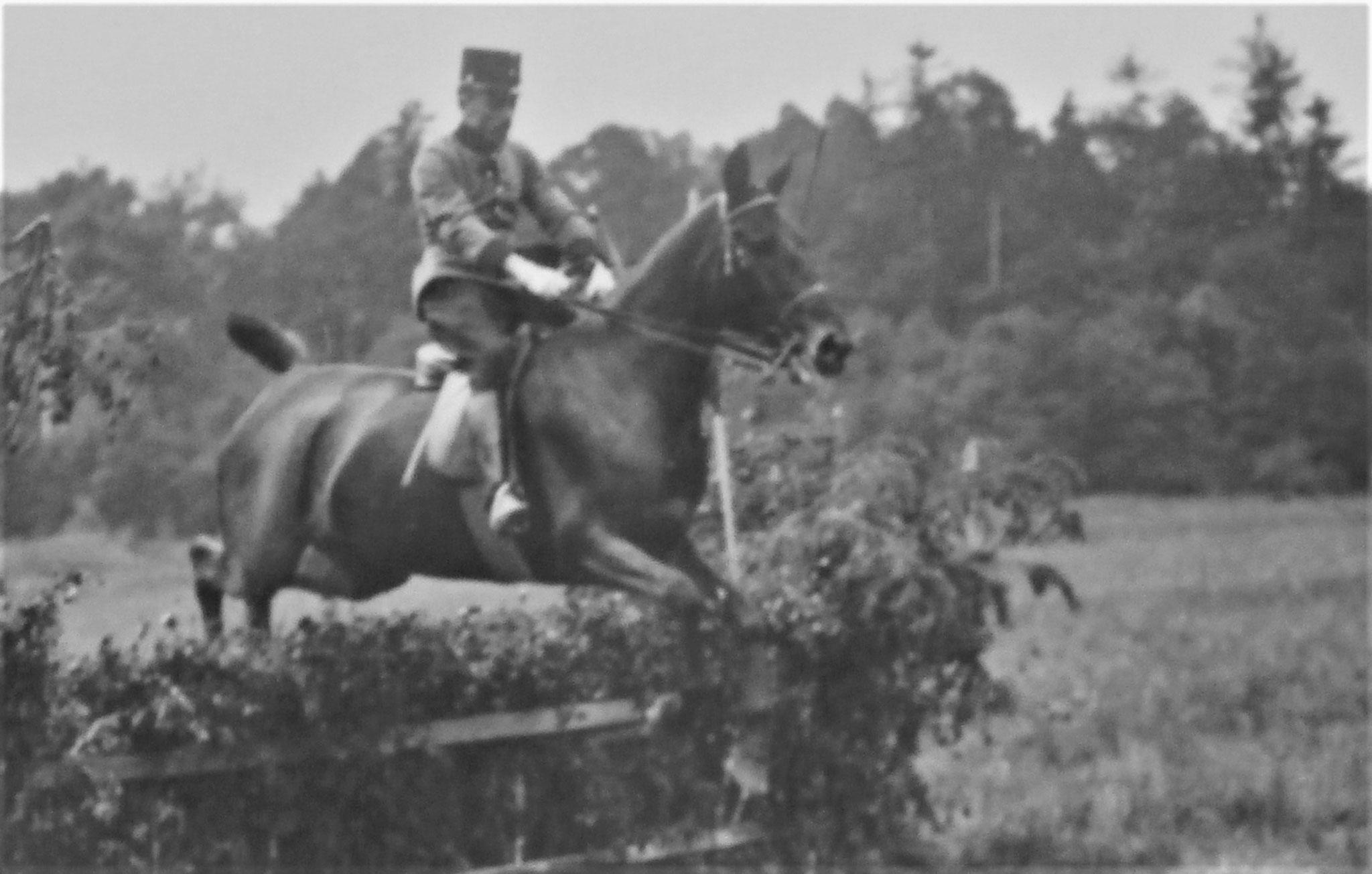Leutnant v. In der Maur