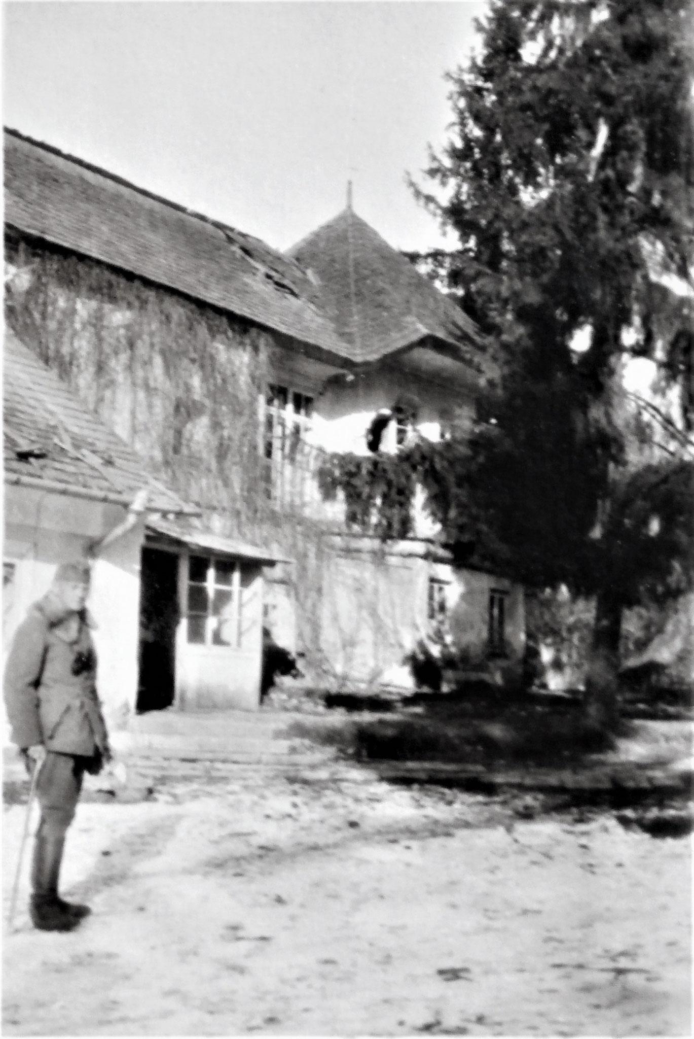 Herrenhaus in Latacz, Eigentum der 80jährigen Frau von Krasnopolska.