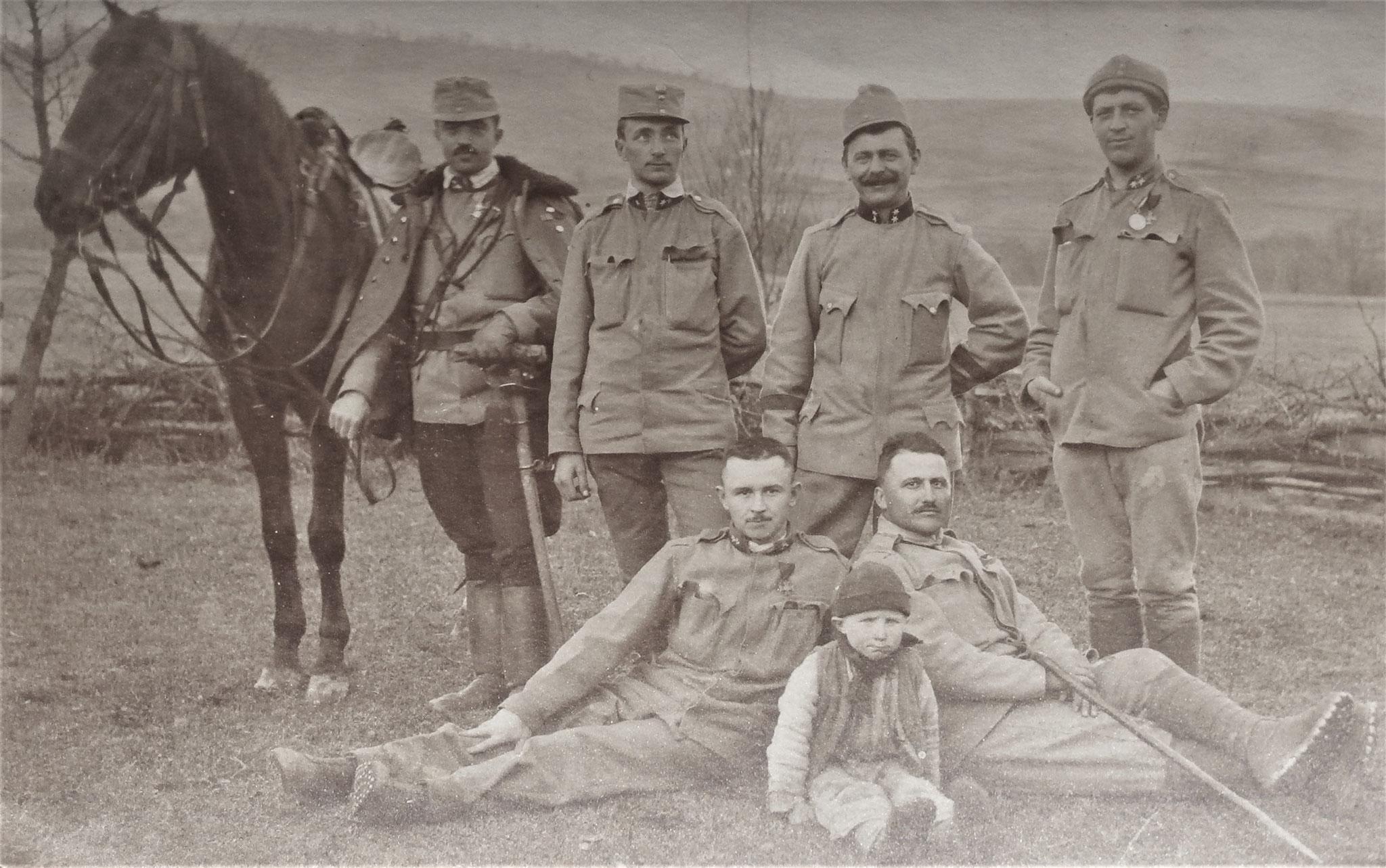 Stanz und 5 UOffz vom IR 87 bei Bartfa im März 1915.