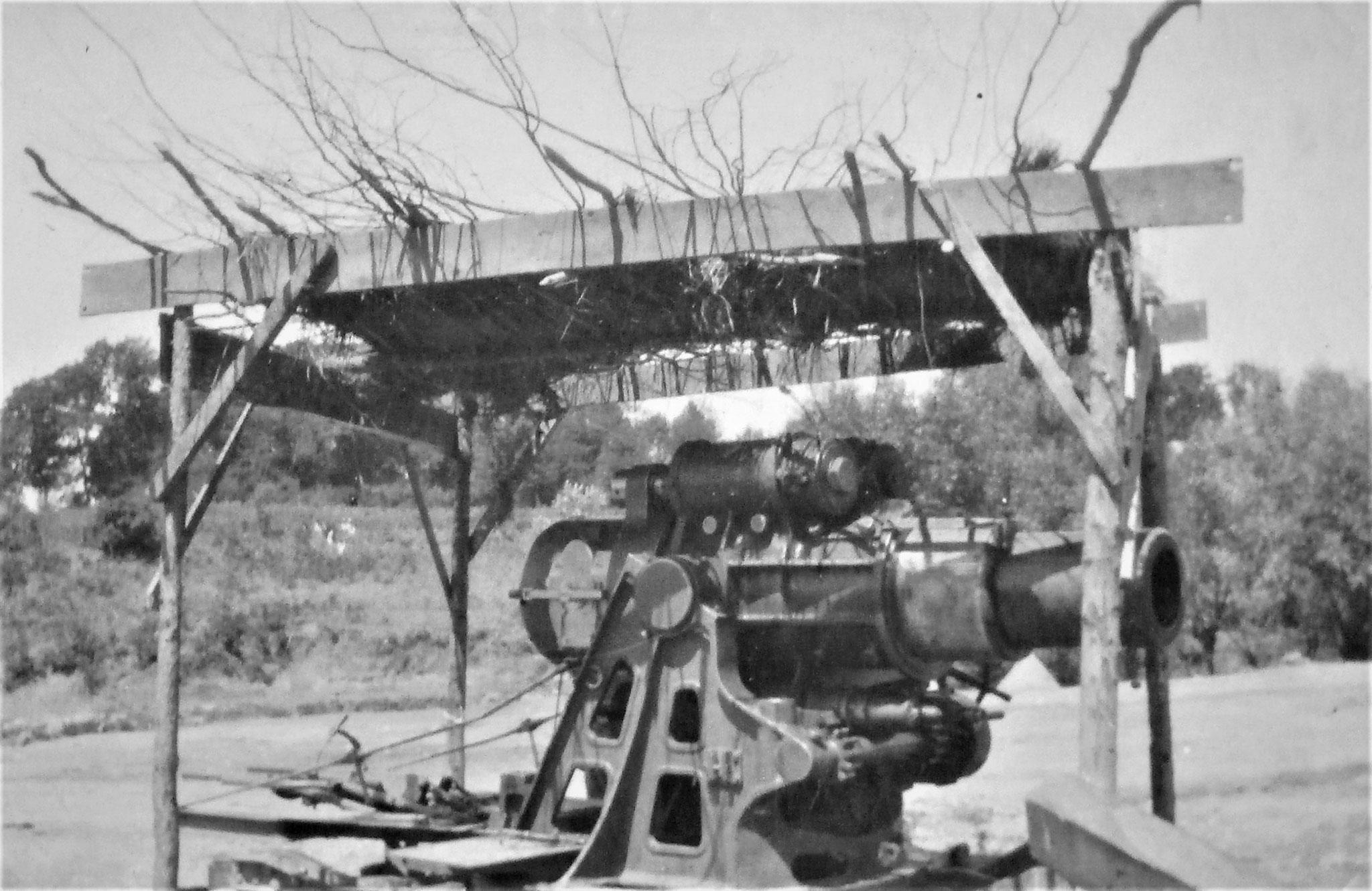 30,5 cm Mörser am Südende von  Potoczyska in Ladestellung gegen Flieger markiert.