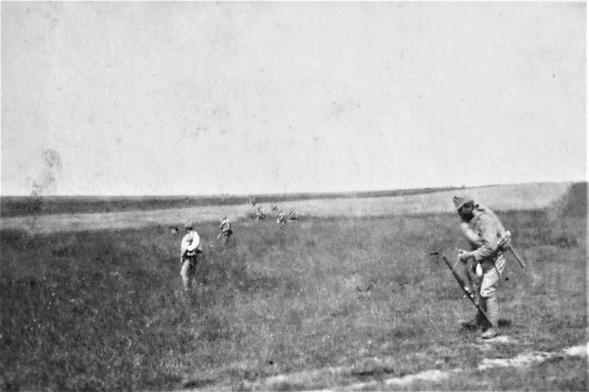 Vorrückung am 3./7. nachm. von Gruszka gegen die Kreuzhöhe 307 nördlich Puzniki.