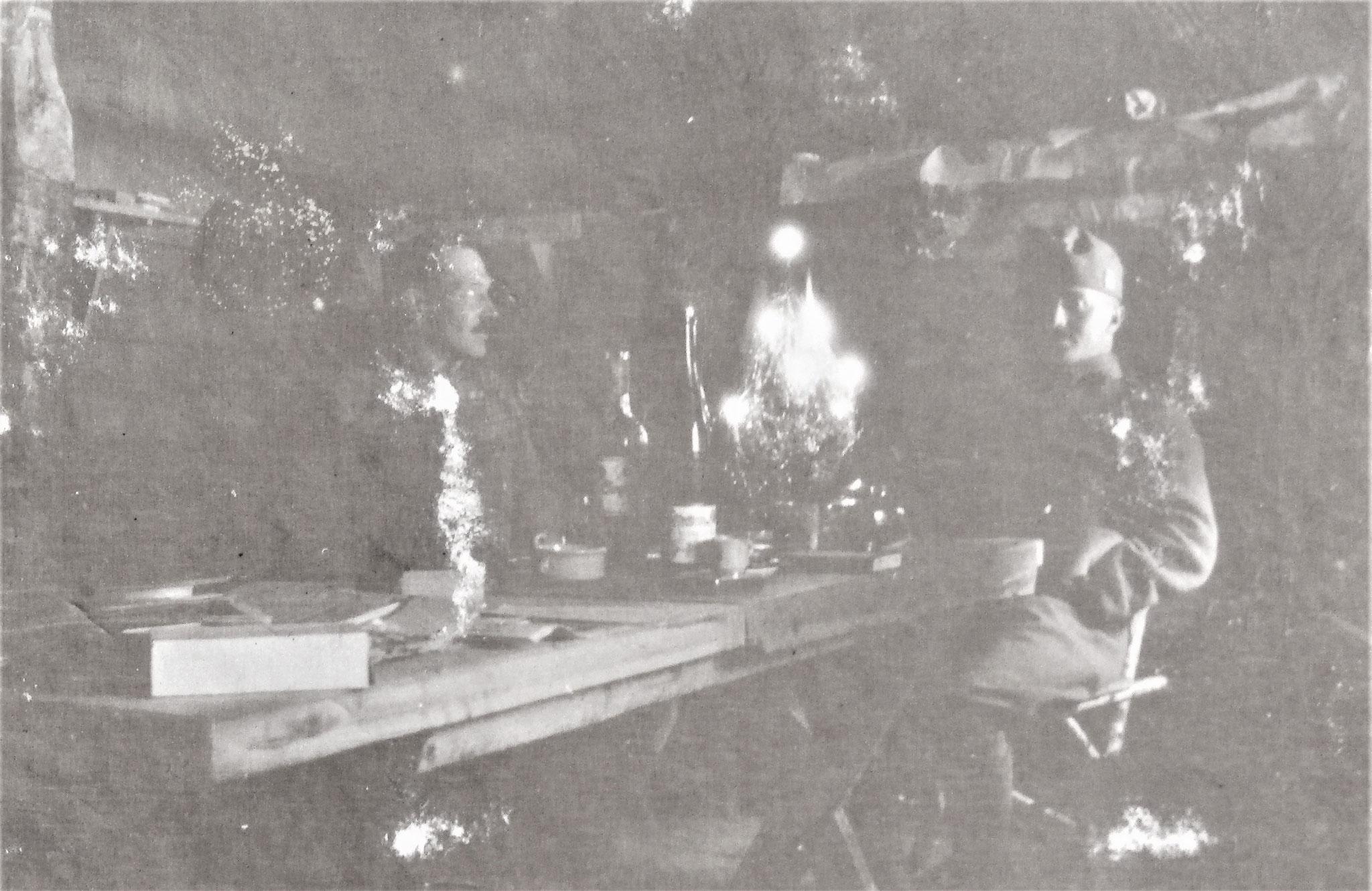 Zenone u. ich am Christabend 1915.