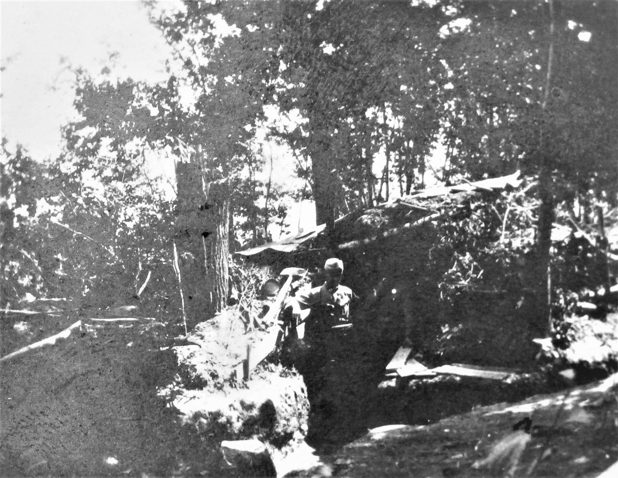 Fwache 11, Unterstand. Diese Feldwache wurde von den Russen wiederholt mit Granaten bedacht.