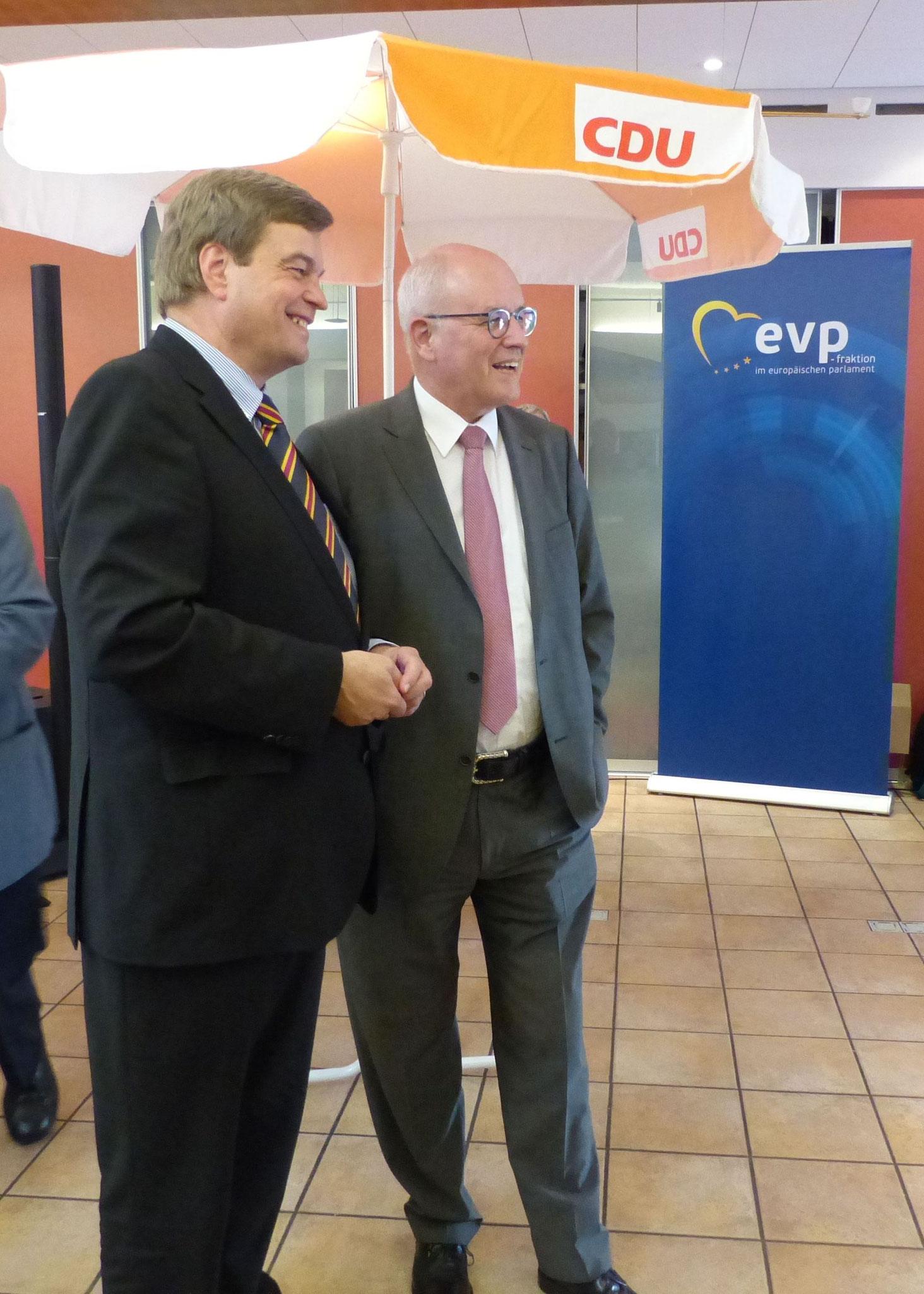 konnte Eank Ferlemann den CDU/CSU Fraktionsvorsitzenden im Bundestag, Volker Kauder begrüßen,...
