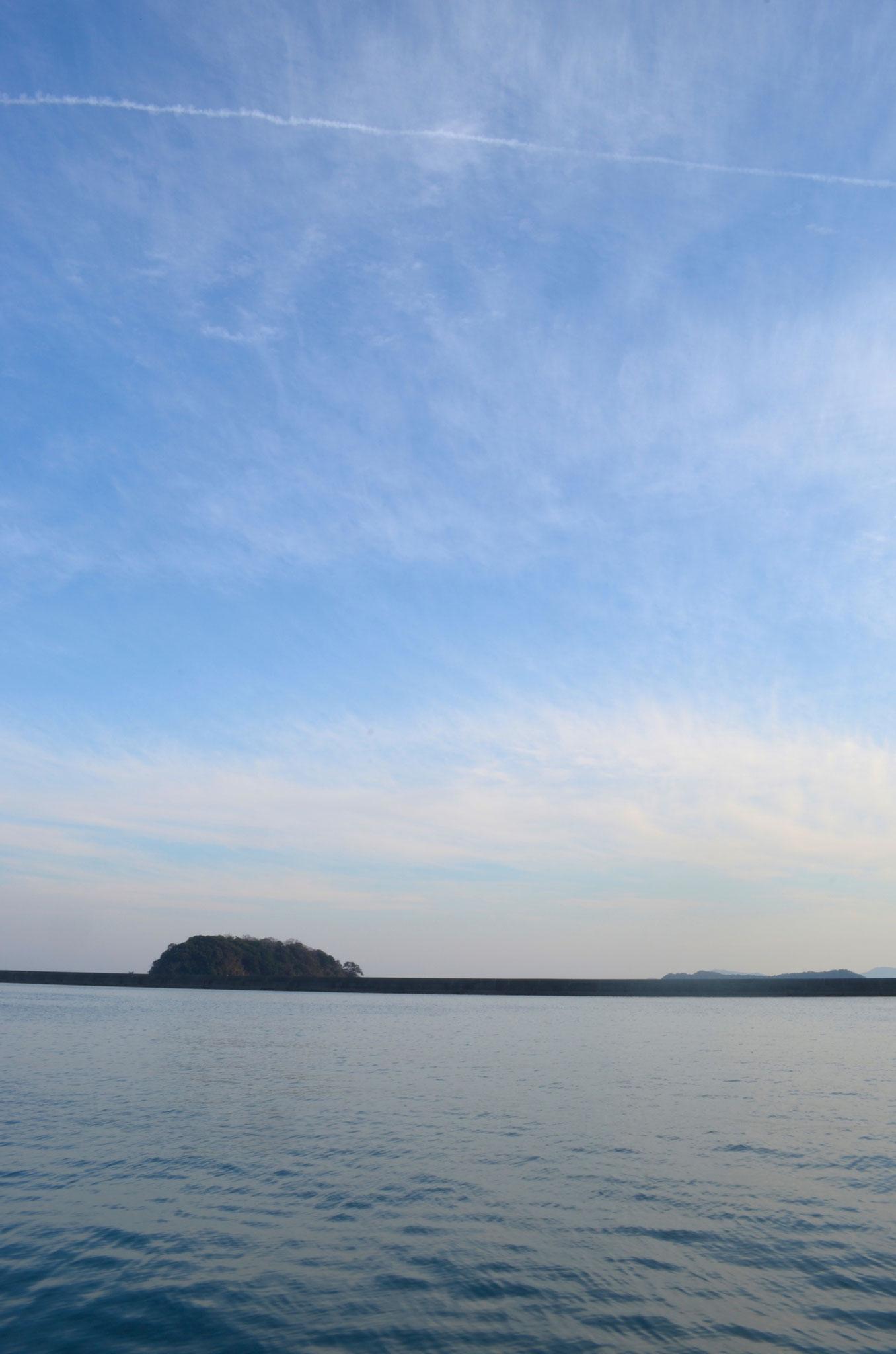 竹島が見えてきます。