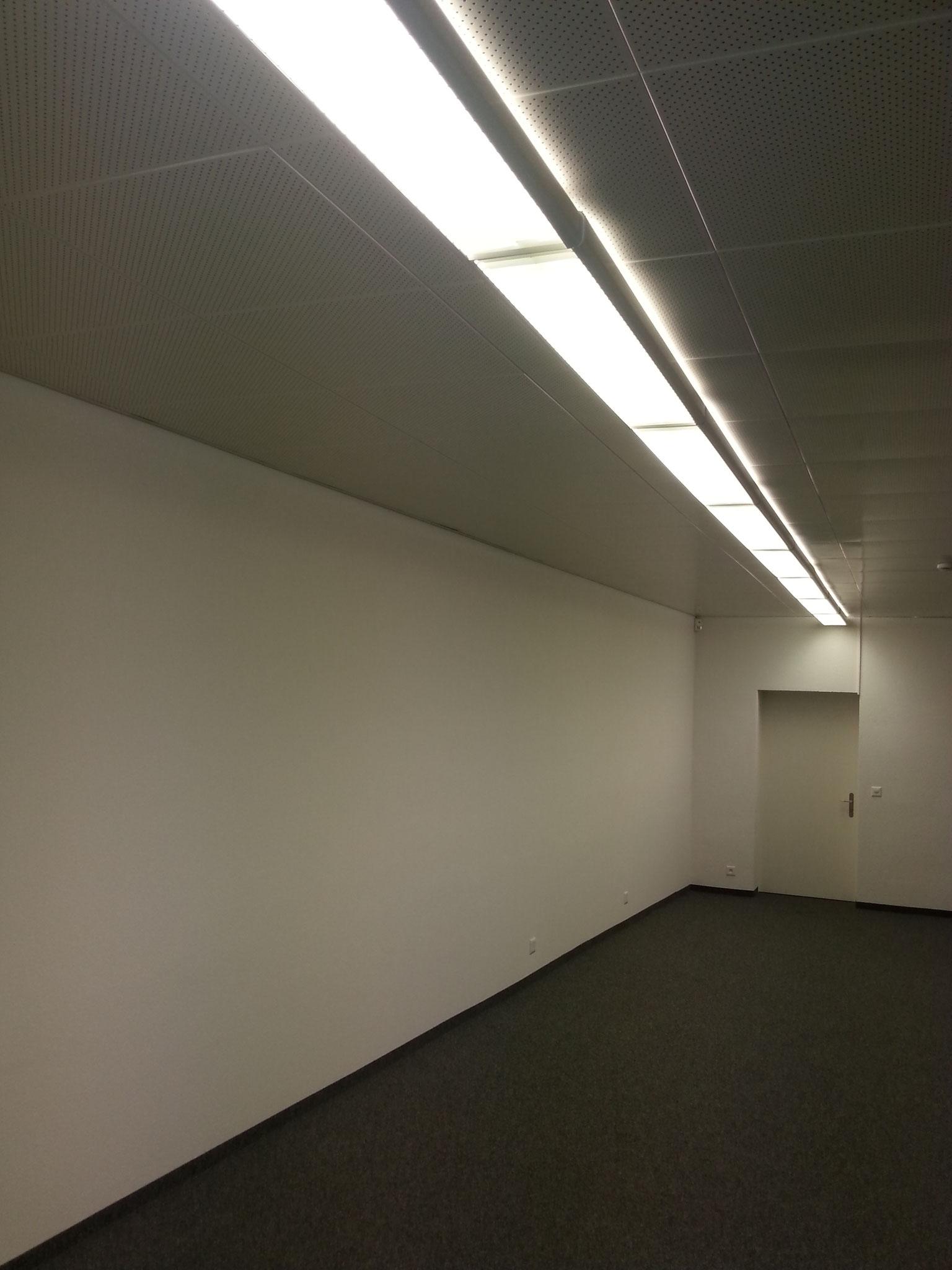 Korridorbeleuchtung alt