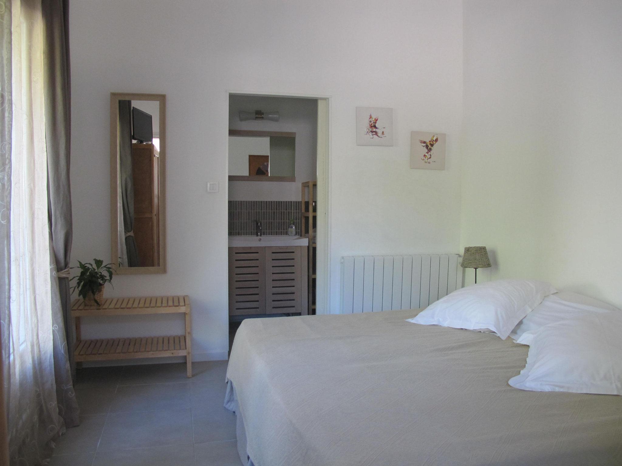 loucardaline-bedoin-ventoux-hébergement-chambre d hotes-vaucluse-double ou twin classic-calme