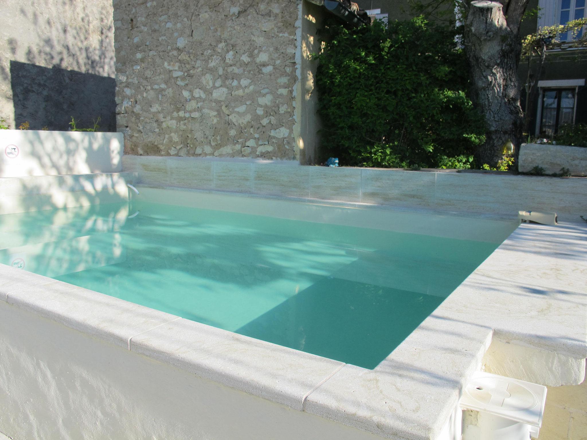 loucardaline-bedoin-ventoux-chambre d hotes-vaucluse-vacances-bassin-piscine