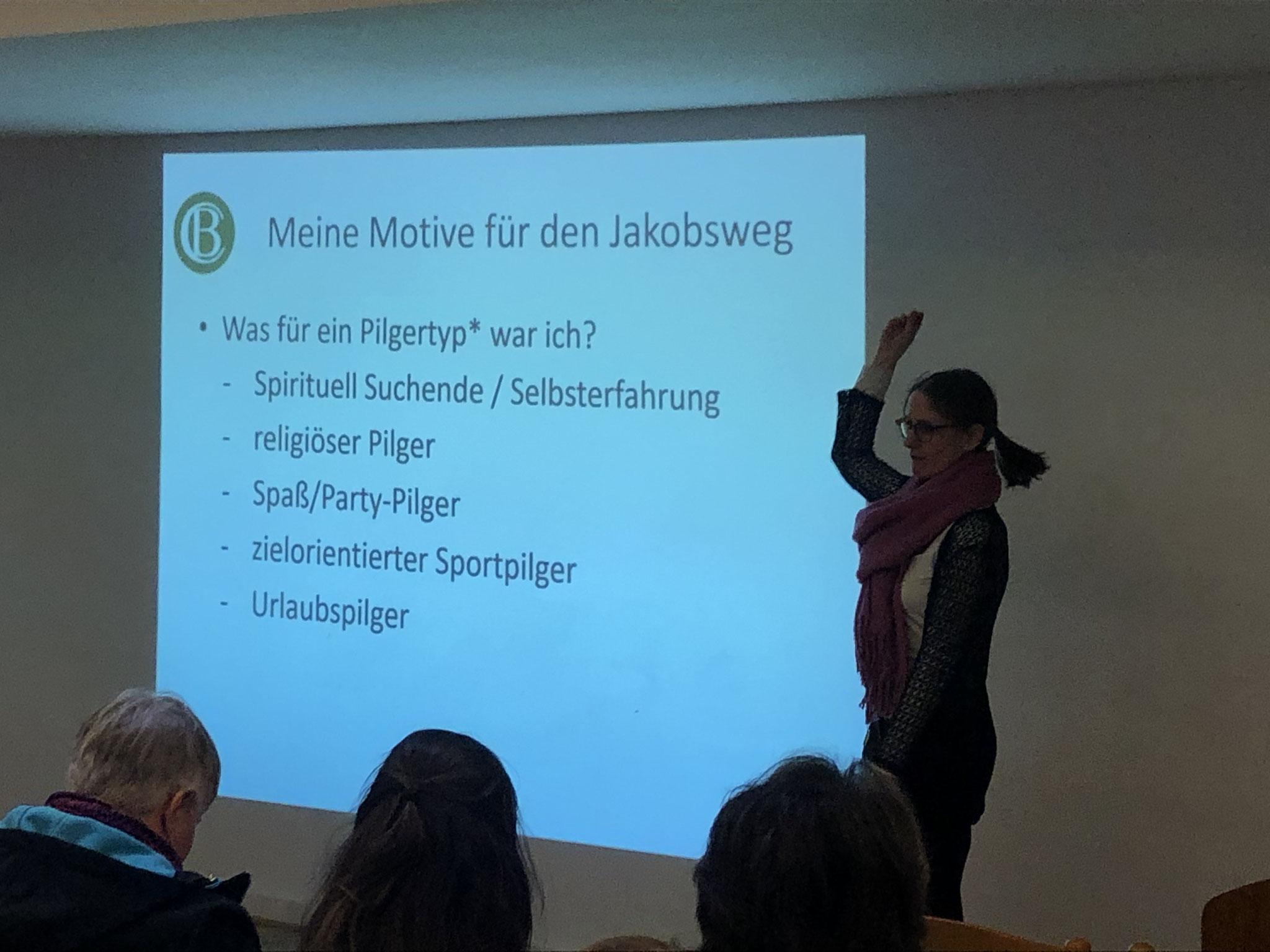 Christina Bolte auf auf der Hamburger Pilger-Messe 2020 - Pilgertypisierung nach PD Dr. Markus Gamper