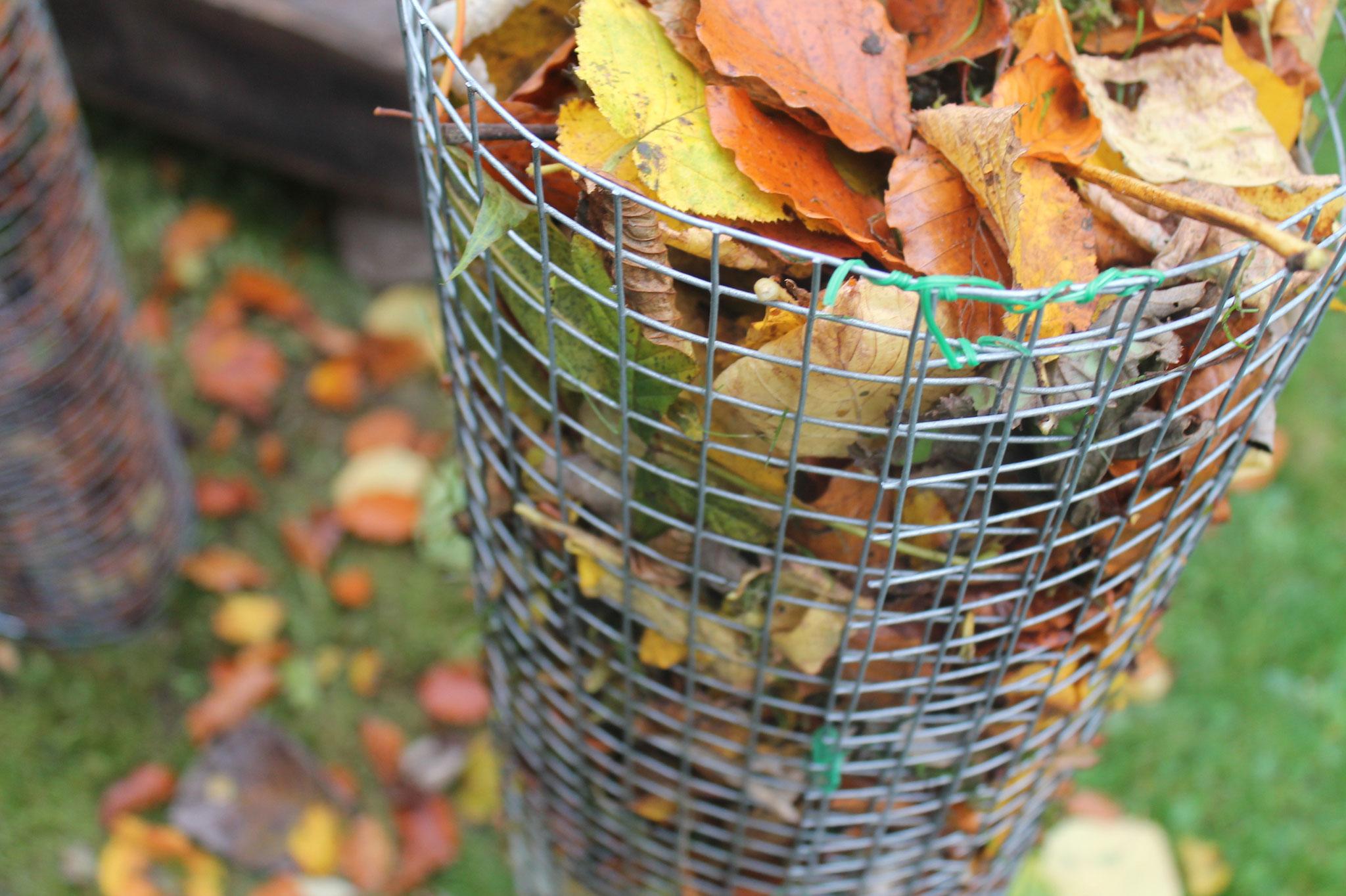 Kompost-Laubkerze nur mit Wickeldraht verbunden