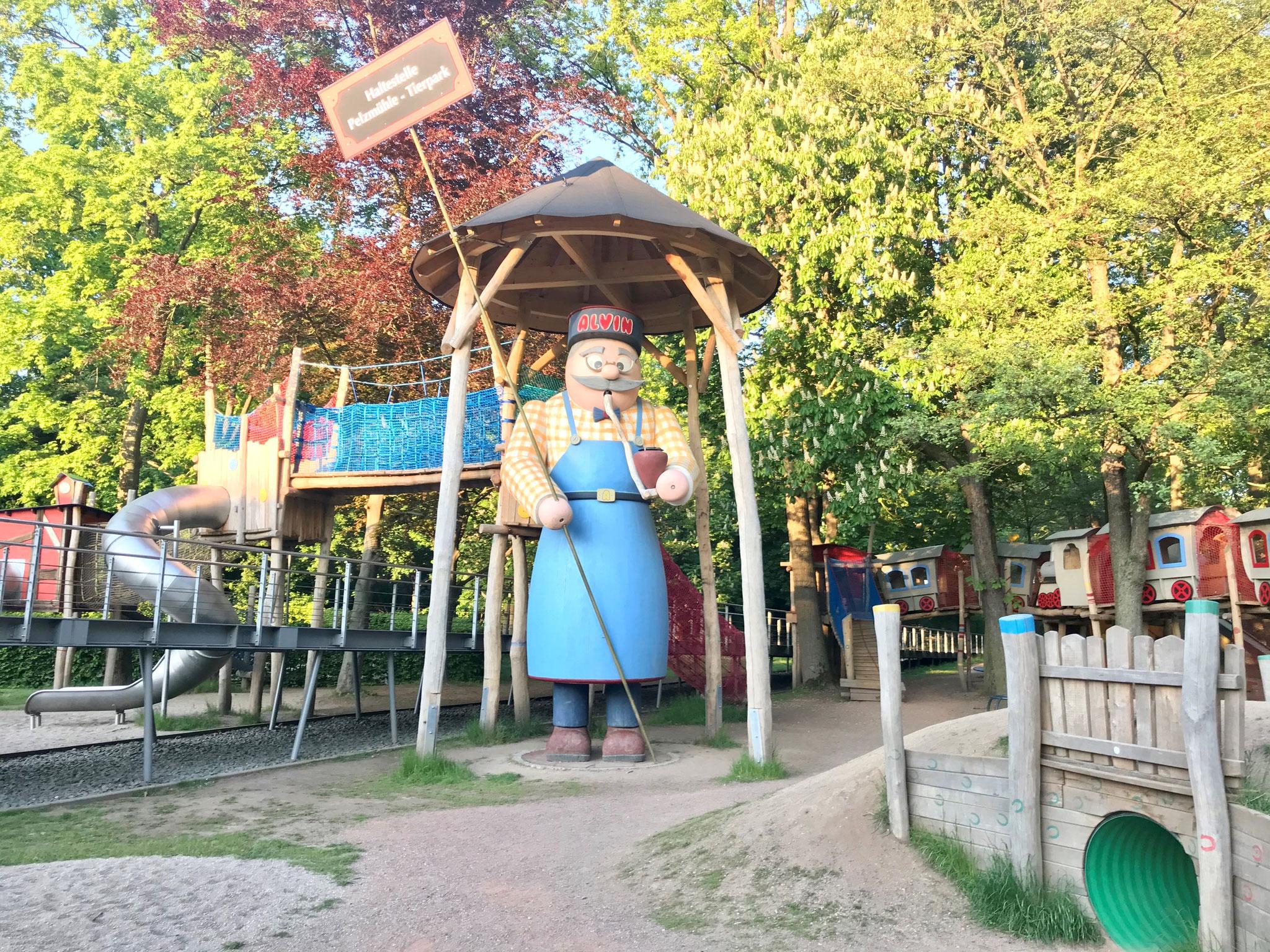 Alvin - der vielleicht größte Räuchermann der Welt