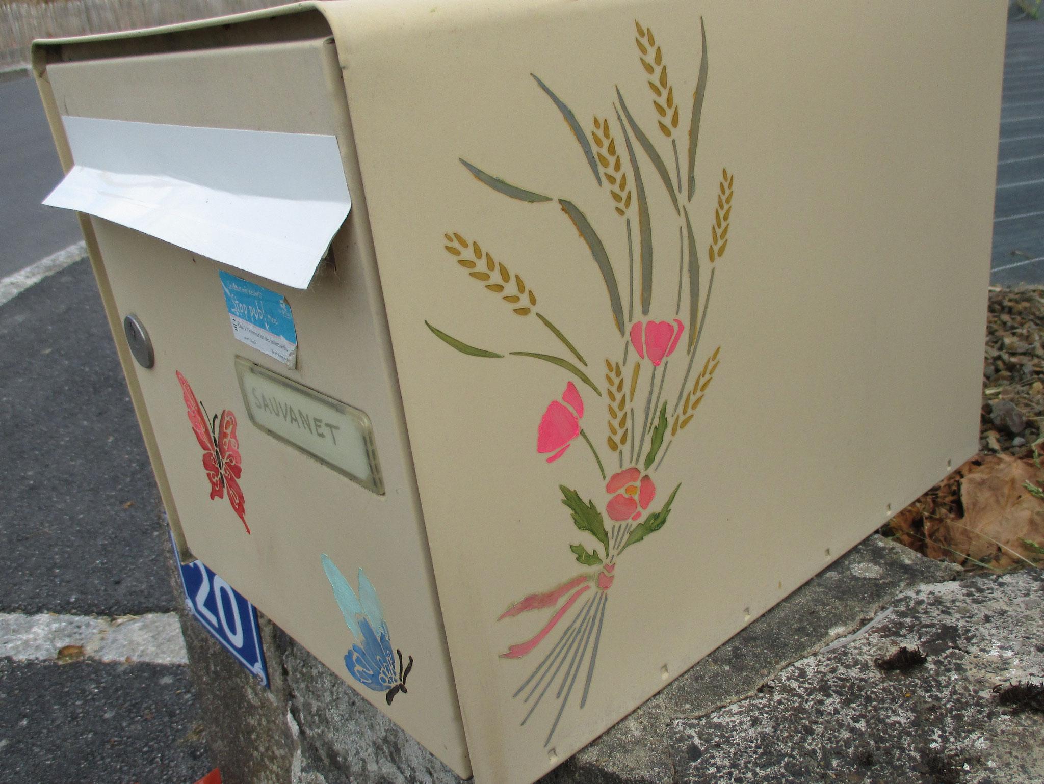 Petit passage par la boite aux lettres