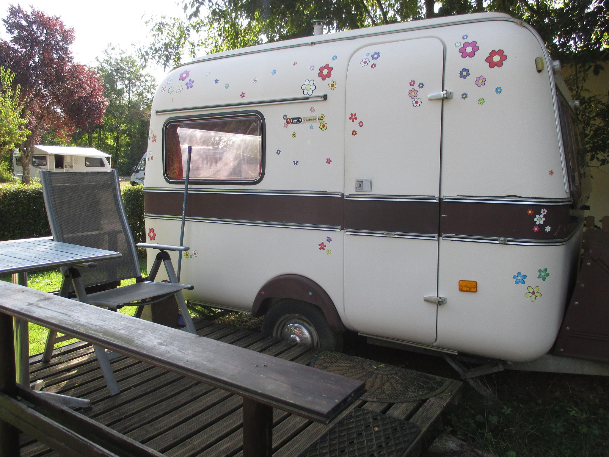 Chaumot, location d'une caravane, 20 euros la nuit, très bien