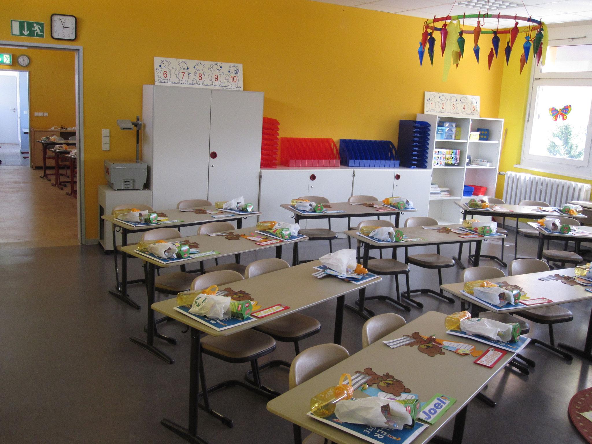 Der Klassenraum einer 1. Klasse