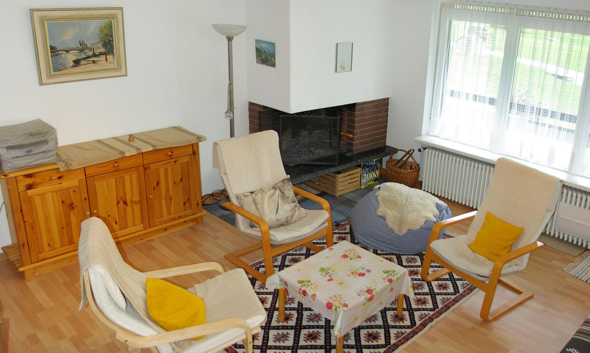 Cheminée im Wohnzimmer