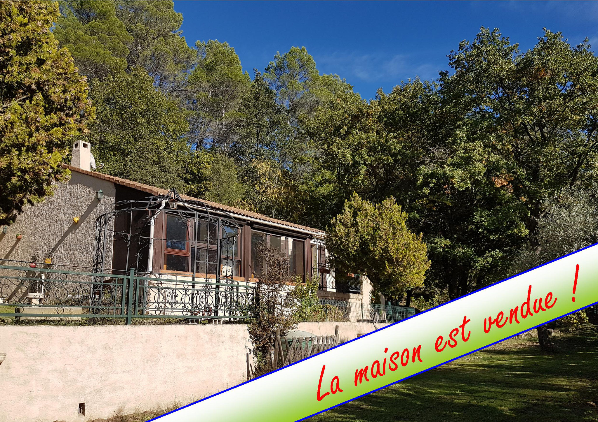 Flayosc - 210 000 € - 2 chambres - 81 m² - Terrain 4800 m²