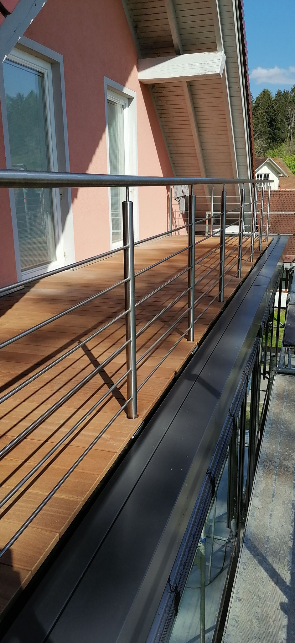 langlebiger Hartholz Terrassenboden