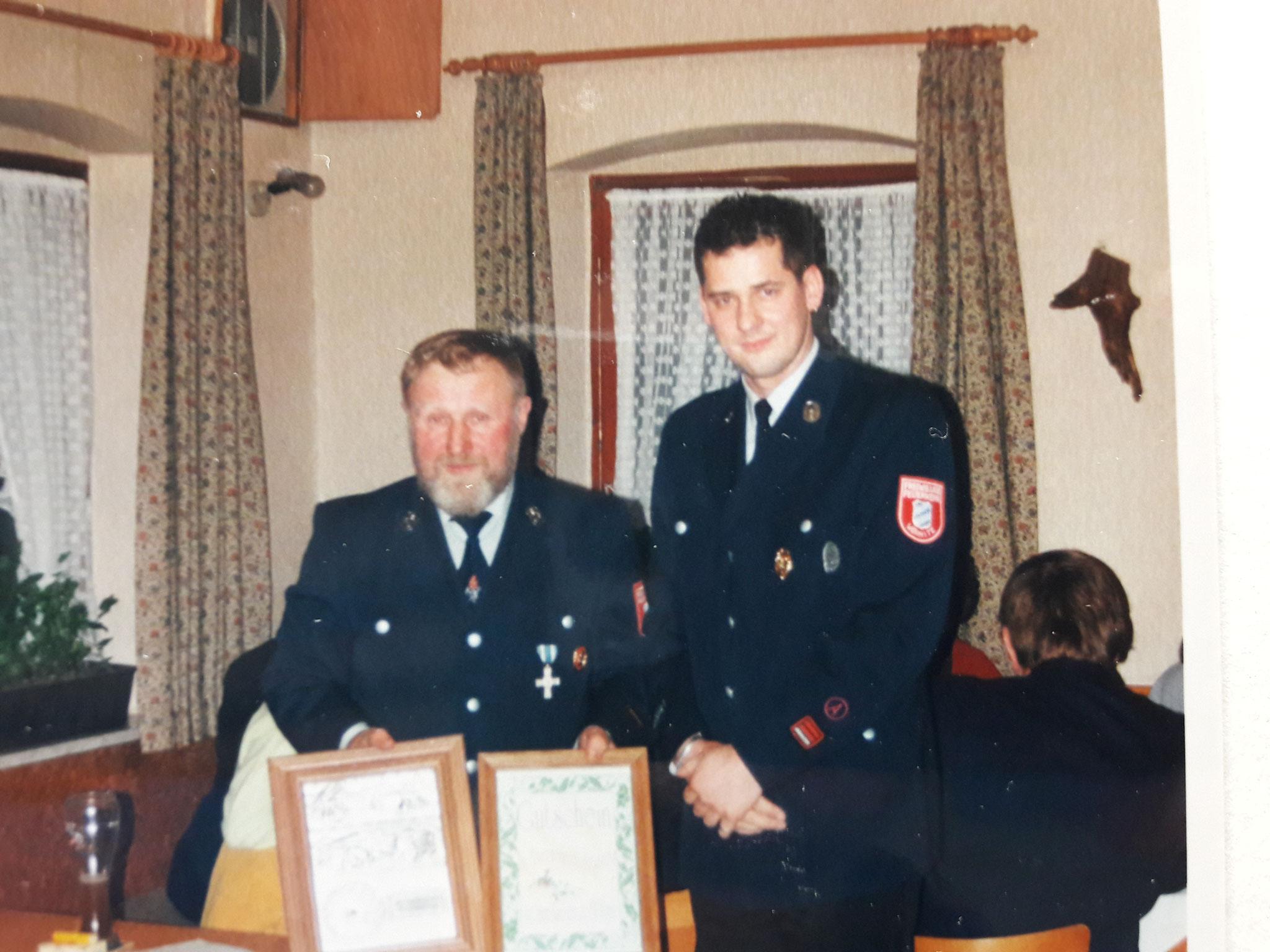 Ralf Bitter und Ernst Ströbel bei der Amtsübergabe