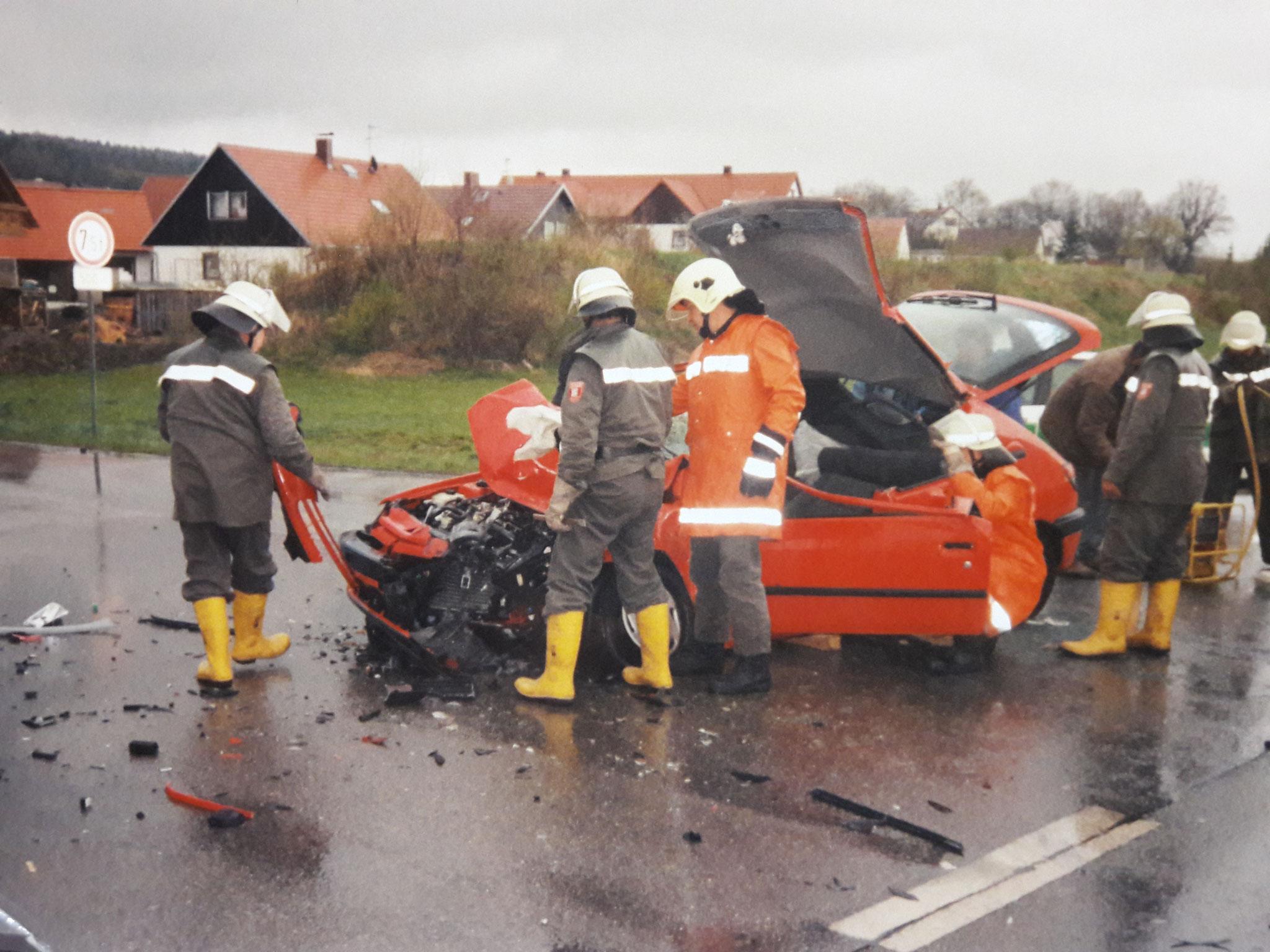 1998: Unfall an der Einfahrt zur Siedlung