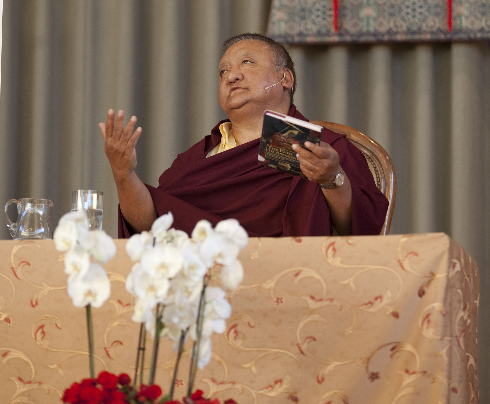 "Shamar Rinpoche Mipham Choekyi Lodrö (1952-2014), der 14. Shamarpa (oder ""Rot-Hut Lama"")"