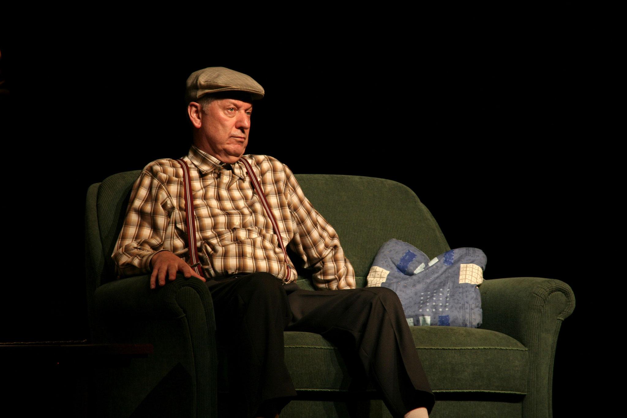 Gerd Dudenhöffer als Heinz Becker
