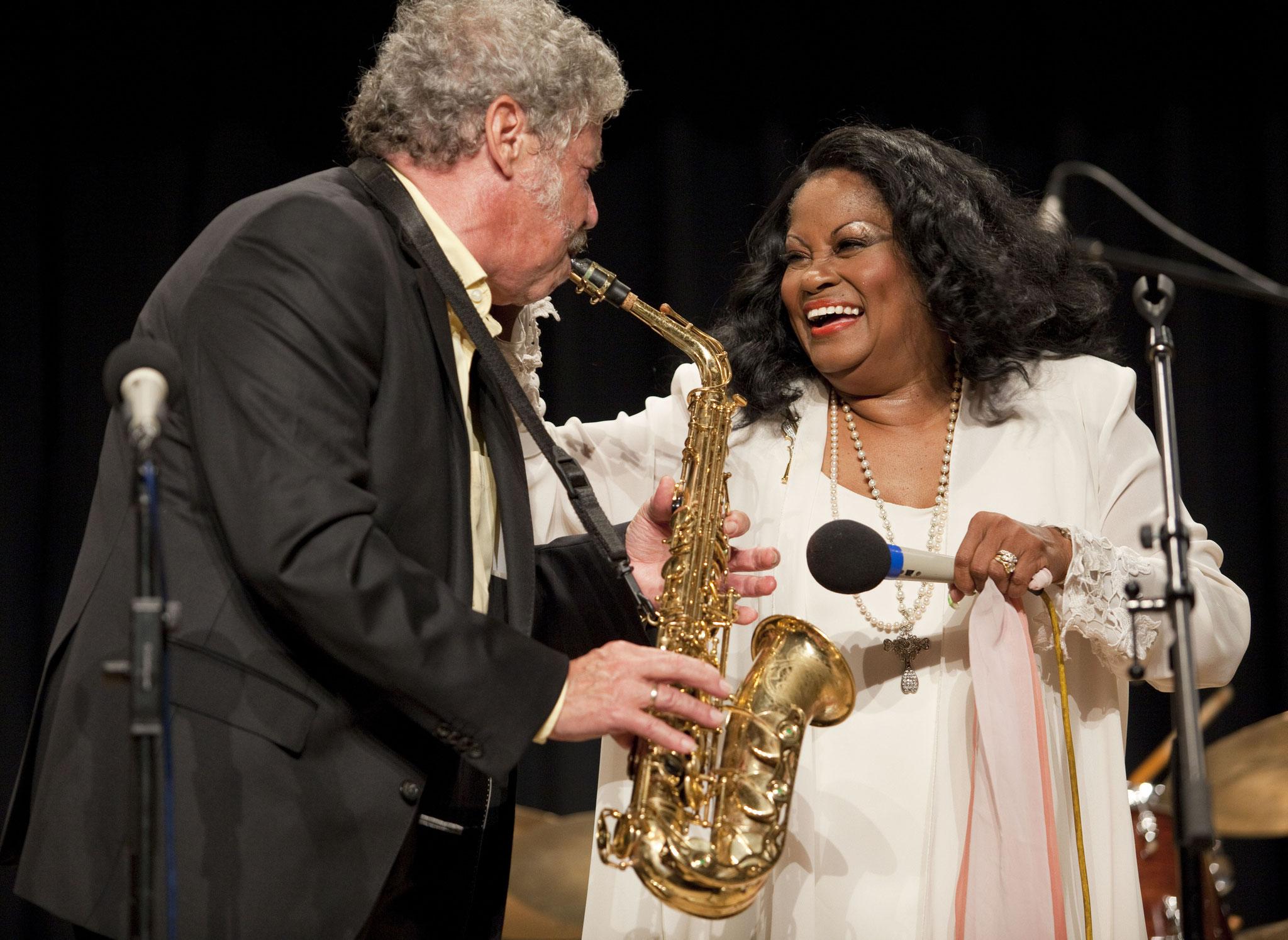 Reimer von Essen - Barrelhouse Jazzband & Special Guest: Harriet Lewis