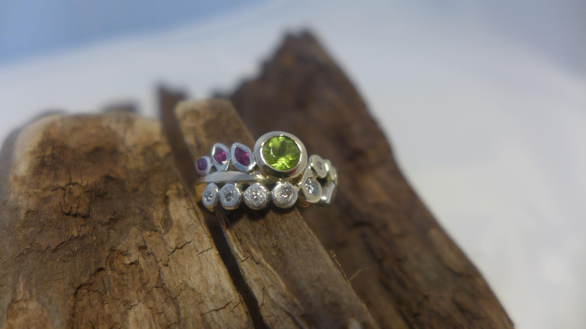 Gold, silver, various gems
