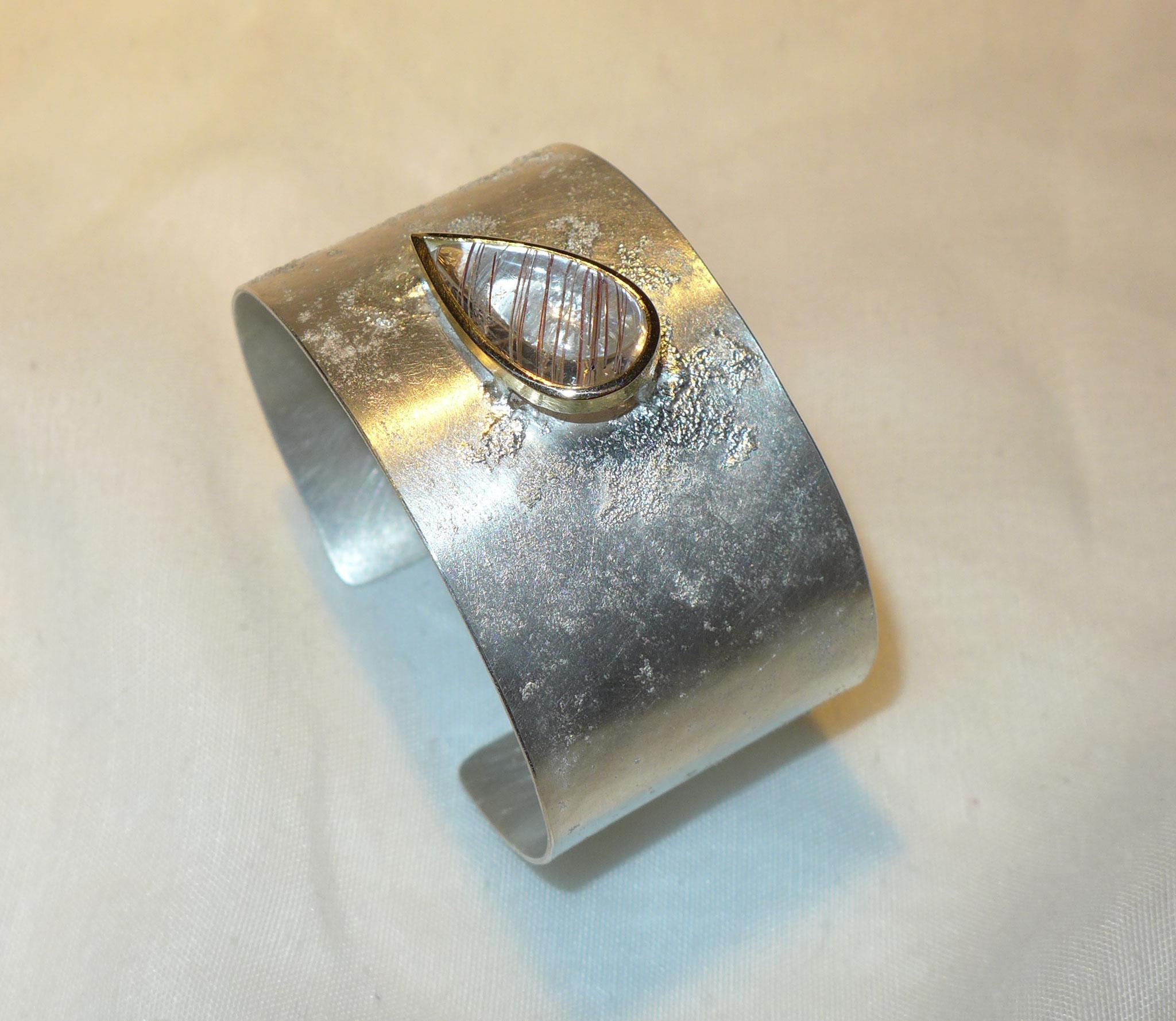 Cuff, sterling silver, quartz set in gold