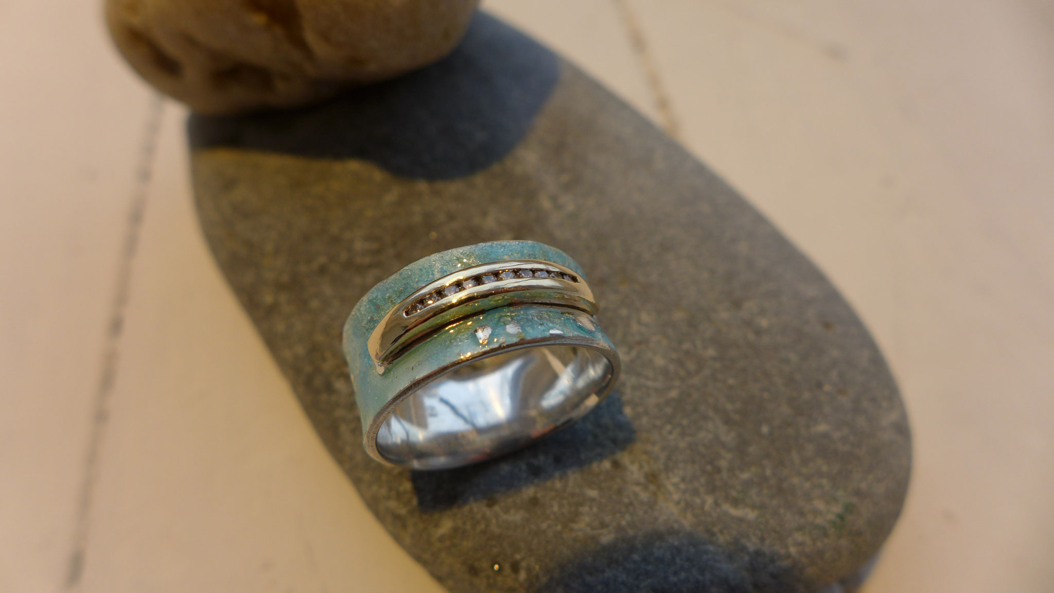 Ring, sterling silver, enamel with ring segment