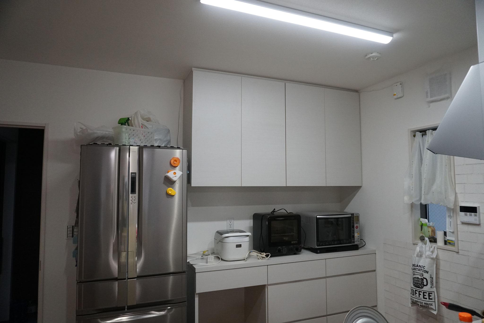 一戸建て キッチン収納 食器棚