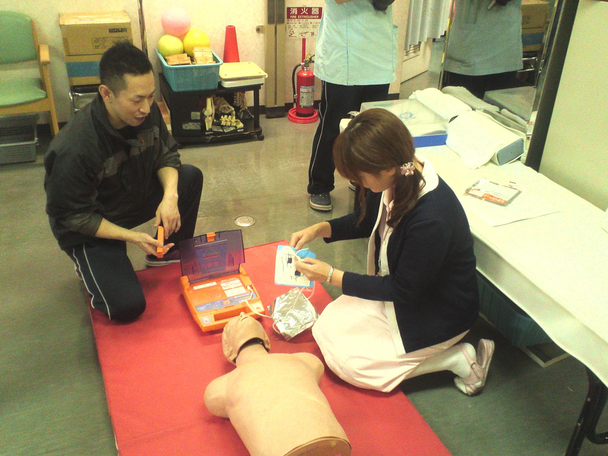 AEDの利用方法を含む応急救護法の出張講習