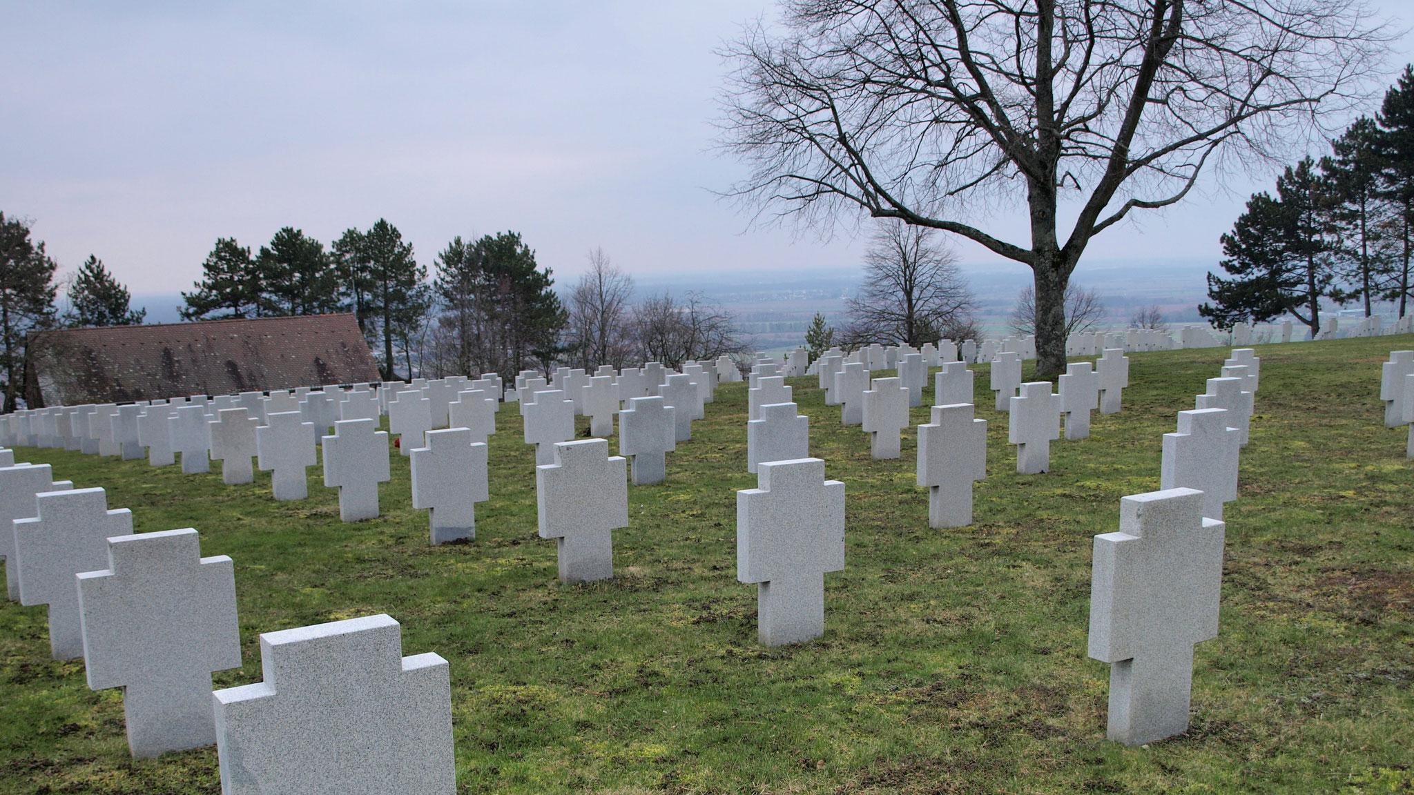 Cimetière militaire allemand du Grasberg