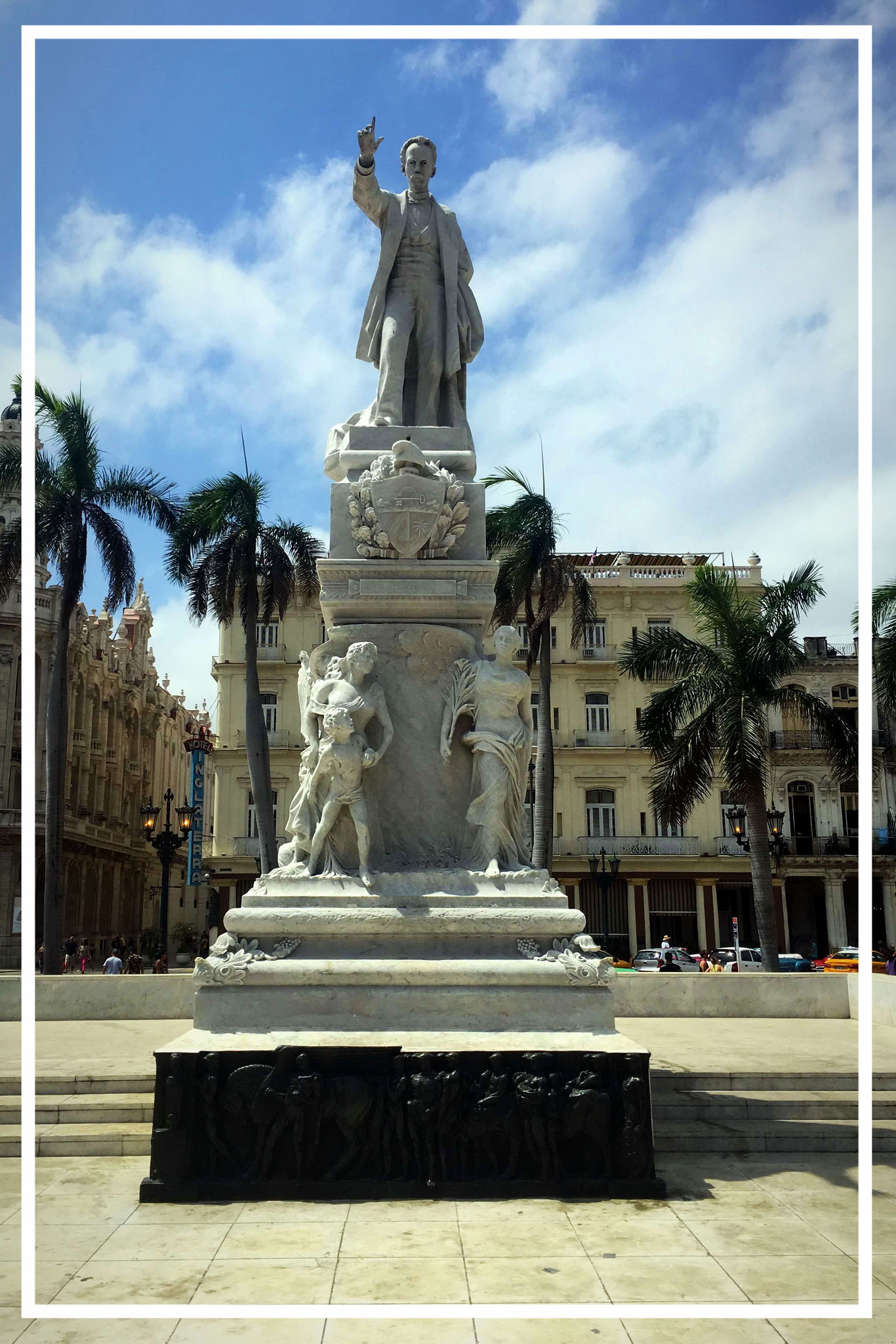 Statue of Jose Marti in Parque Central