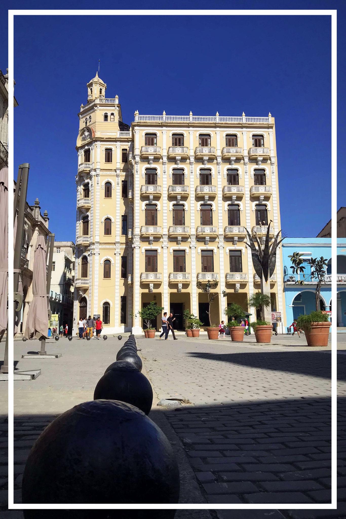 am Plaza Vieja