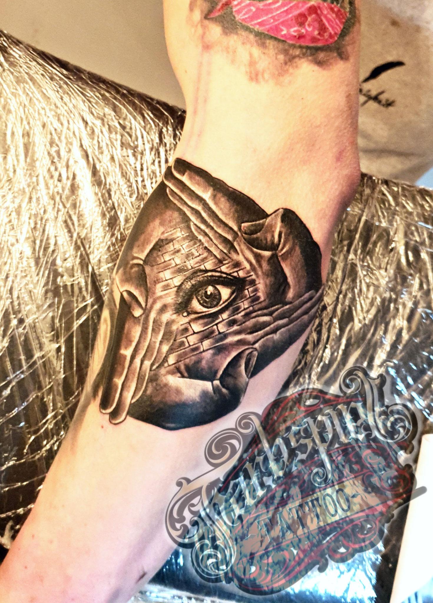 iluminaten tattoo