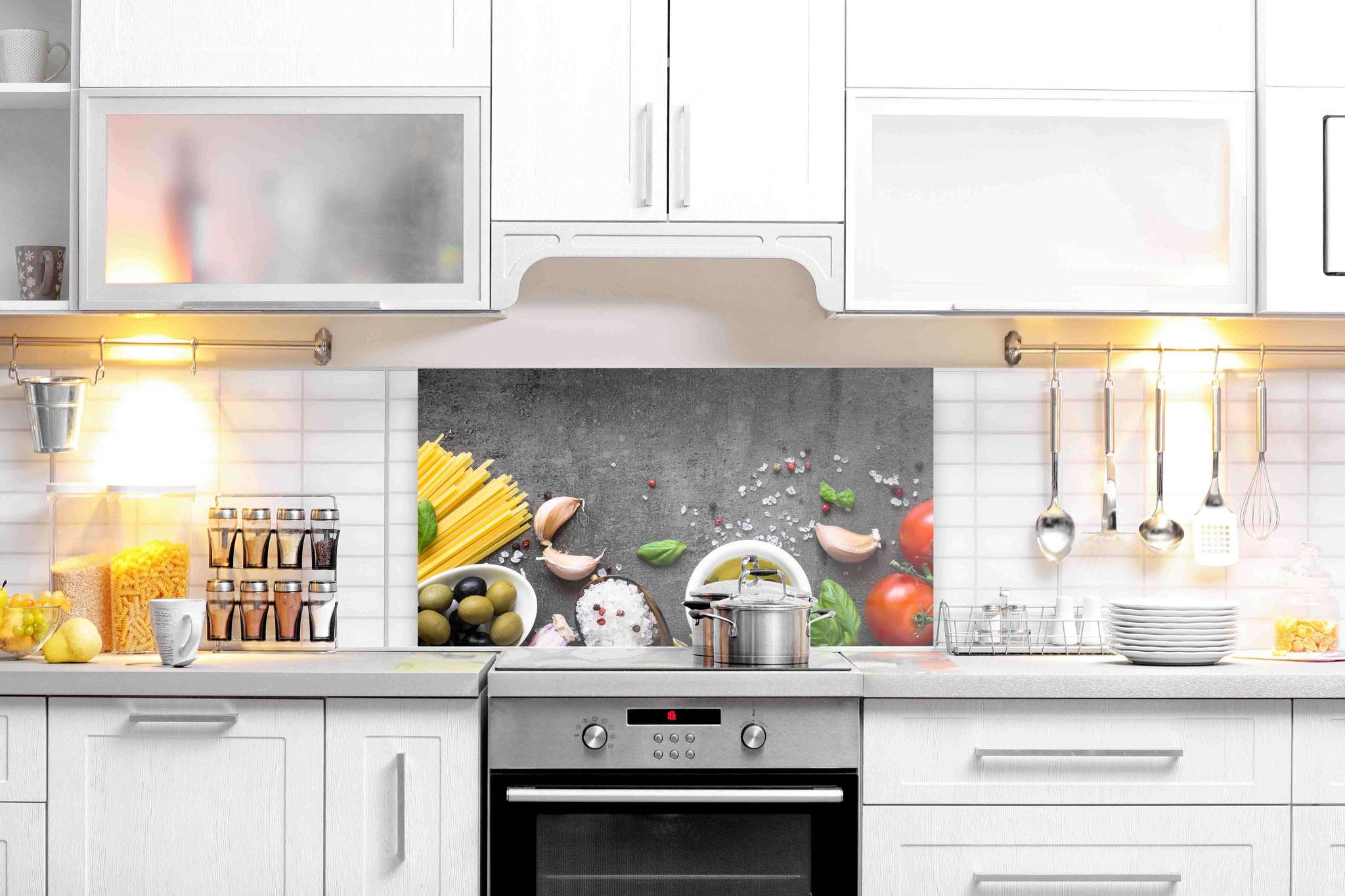 Küchenrückwand aus Glas Maßgefertigt - Sicherheitsglas beim ...