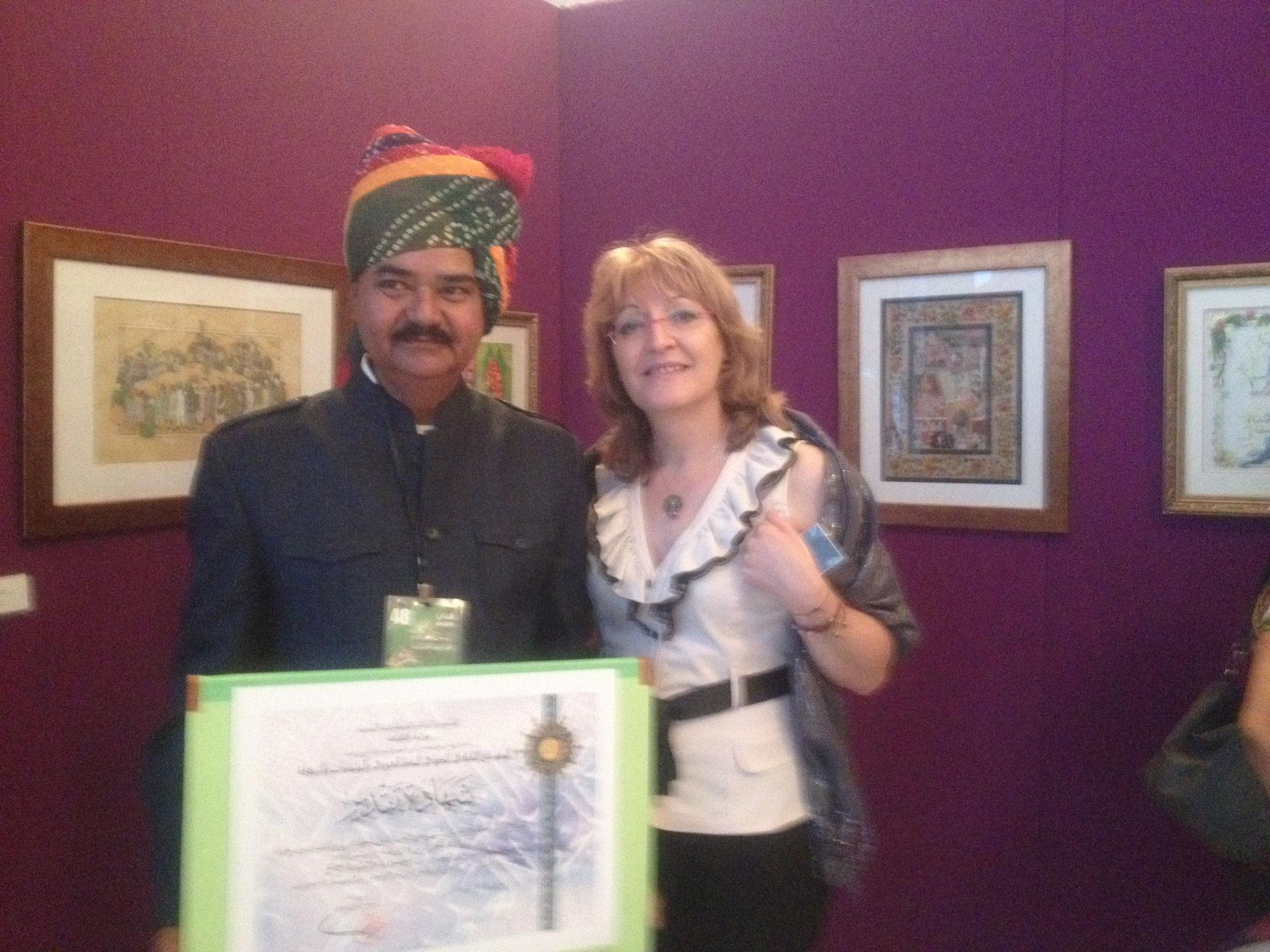 Avec le miniaturiste indien Mahendra