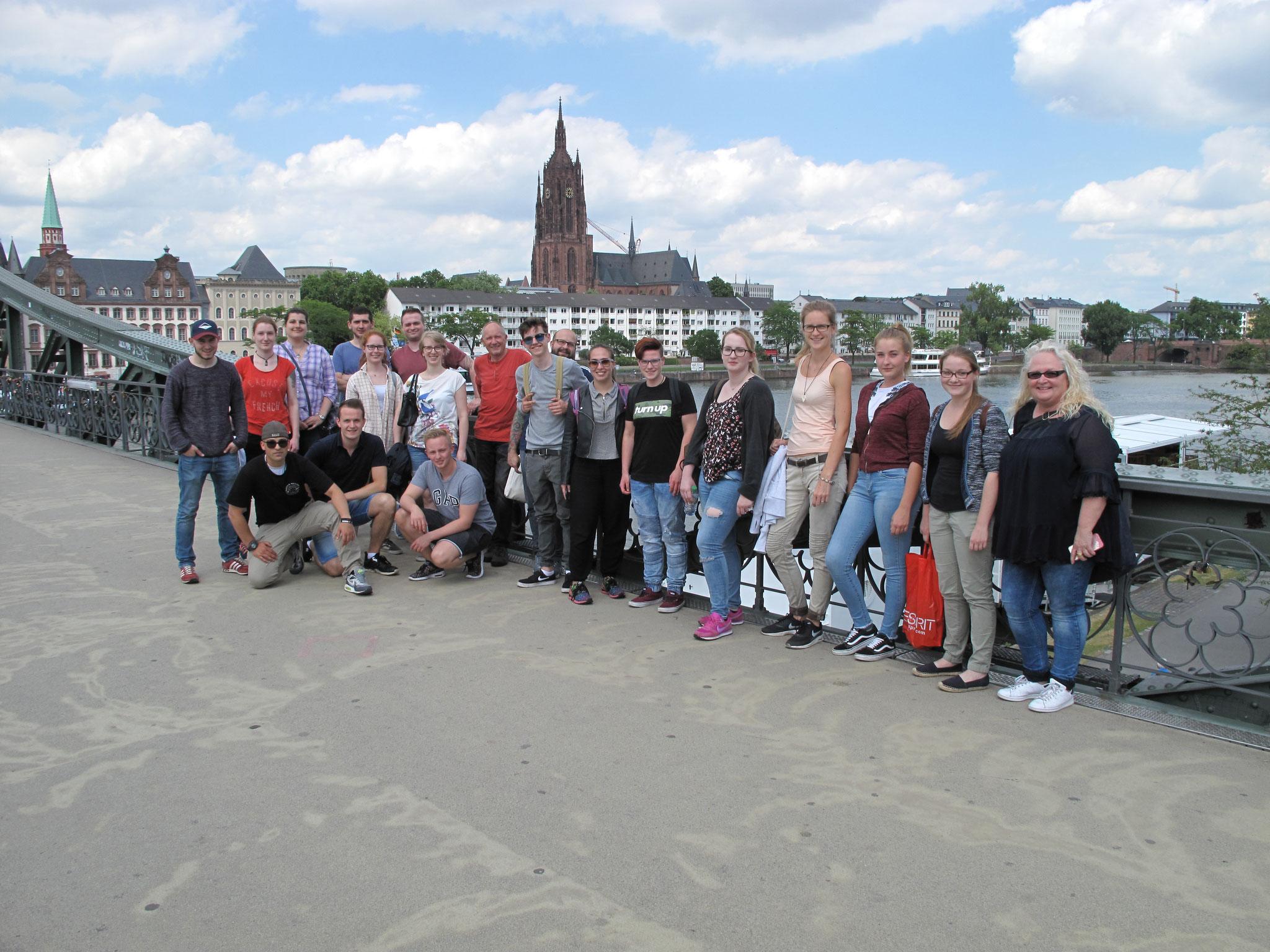 Die Teilnehmer des hessischen Jugendcamps aus allen Regionen Hessens