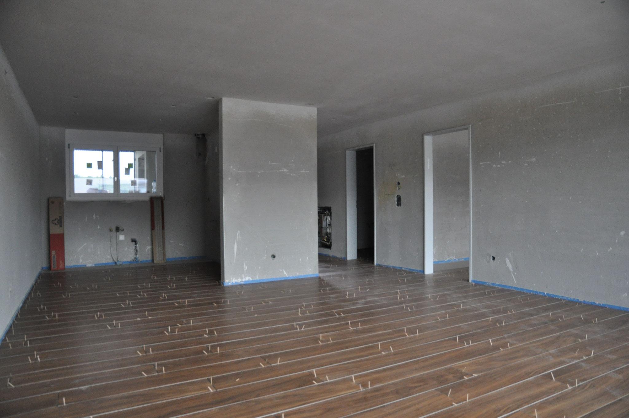 Innenausbau Küche/Essen/Wohnen 2,5 Zimmer Wohnung Einheit C (Mai 2016)