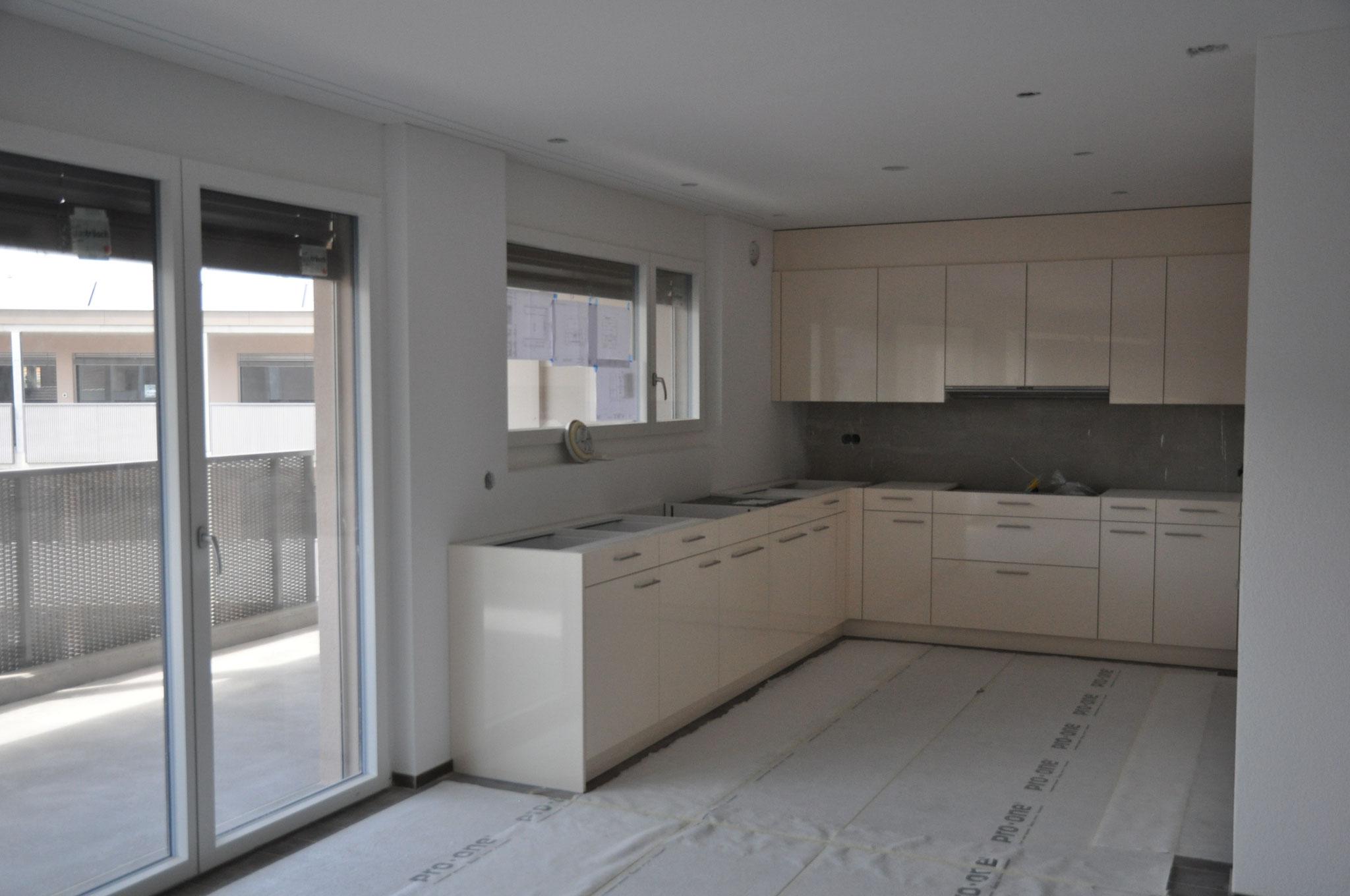 3,5 Zimmer Wohnung Einheit B: die Küche ist schon bald bereit! Ende Mai 2016