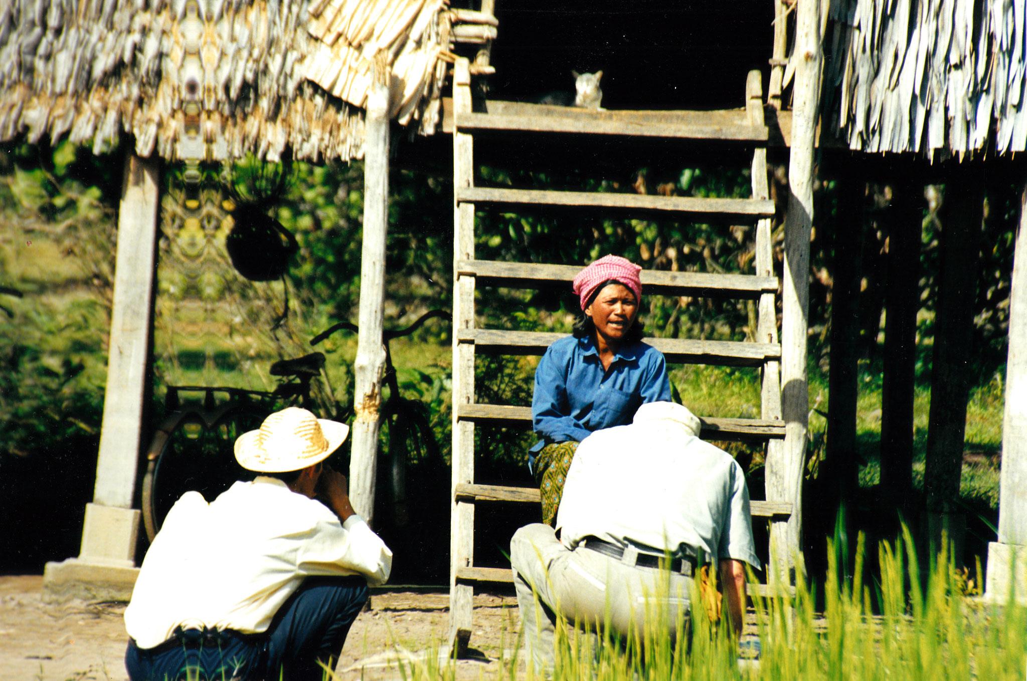 Die Reisbäuerin Chan Tu erzählt über ihre Leidenszeit unter Pol Pot. Kambodscha
